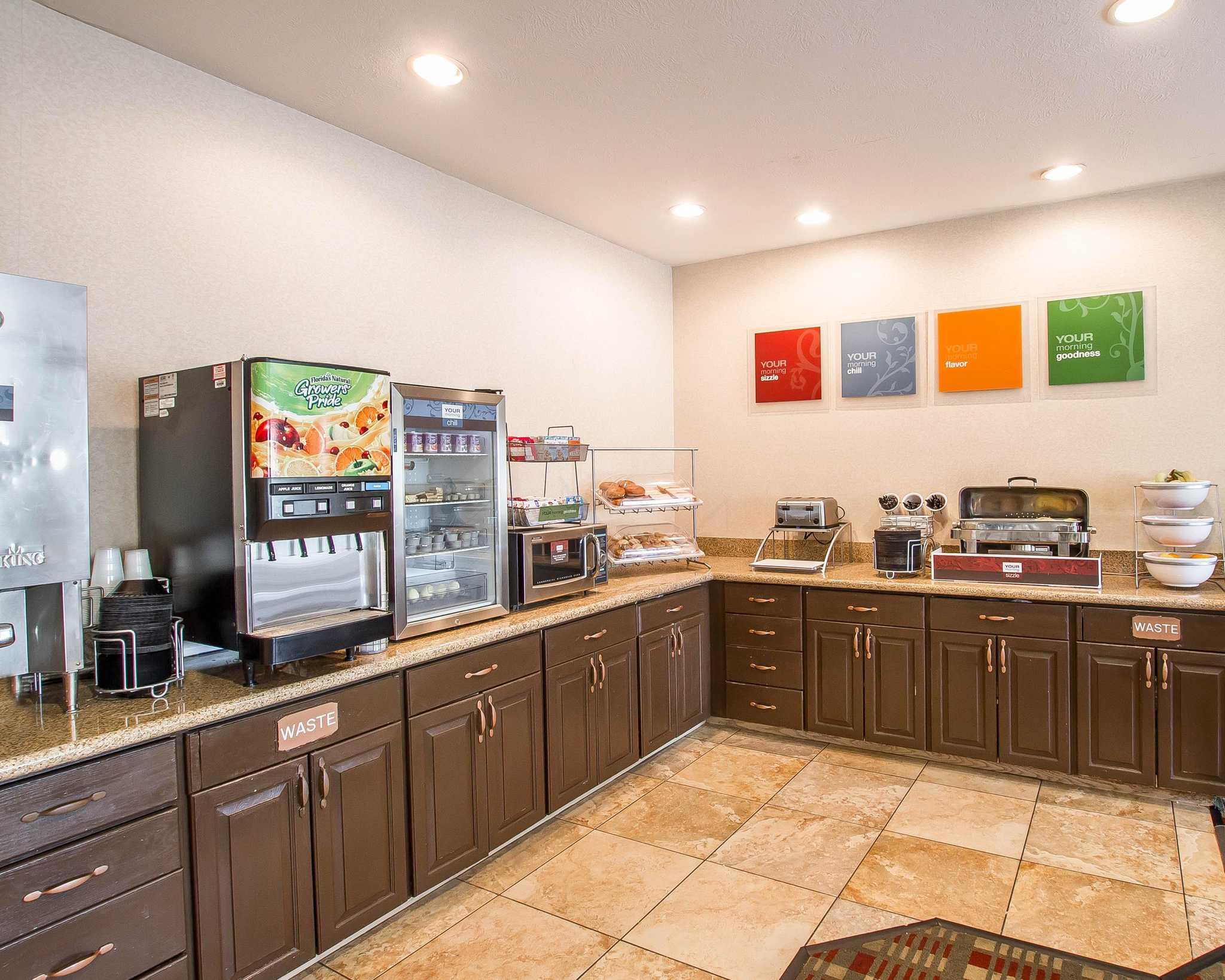 Comfort Suites Peoria Sports Complex image 10