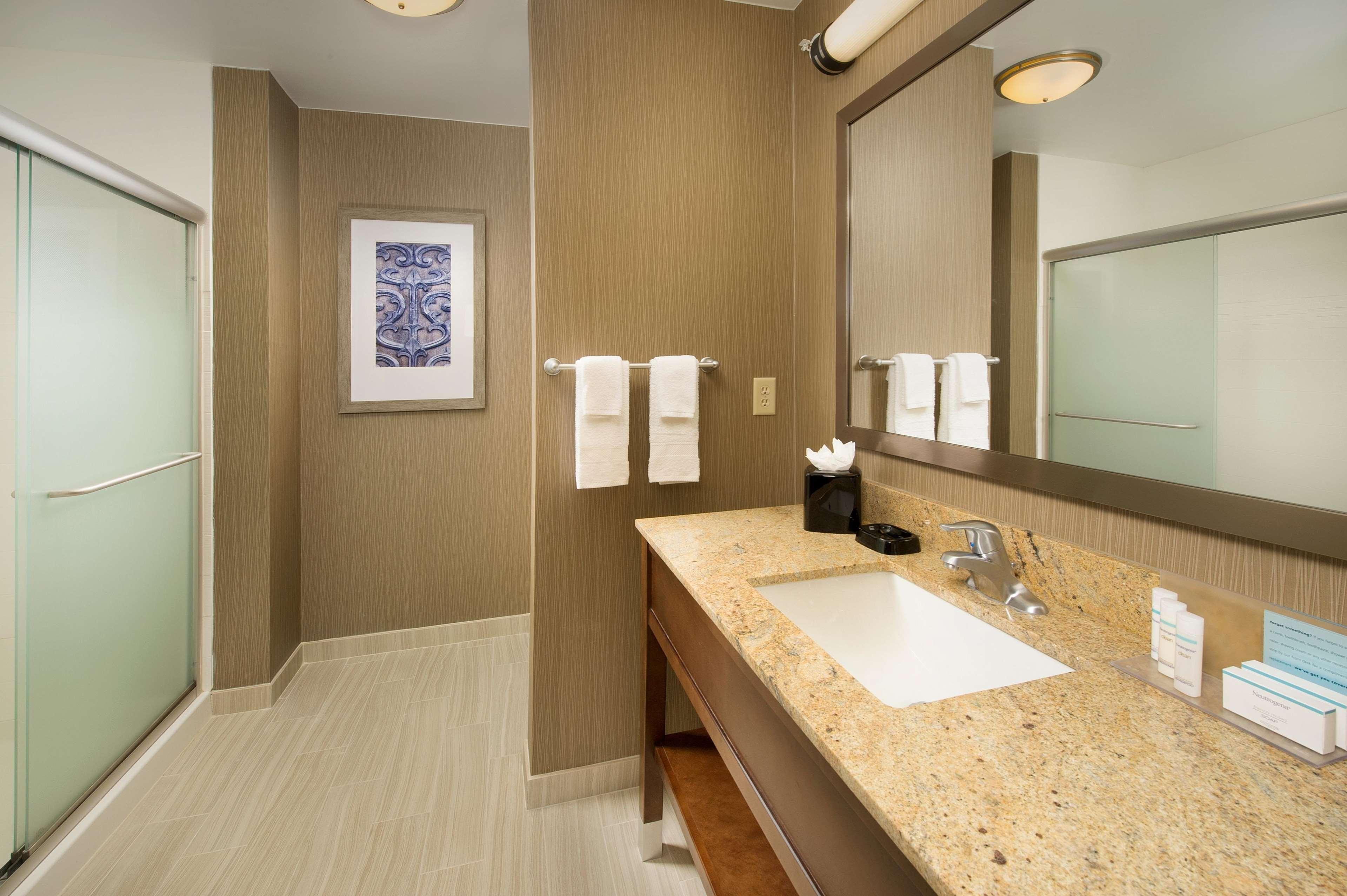 Hampton Inn & Suites San Antonio-Downtown/Market Square image 16