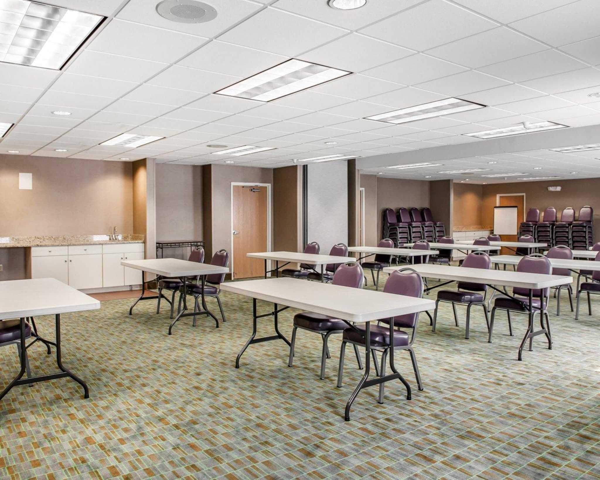 Comfort Suites North in Elkhart, IN, photo #25