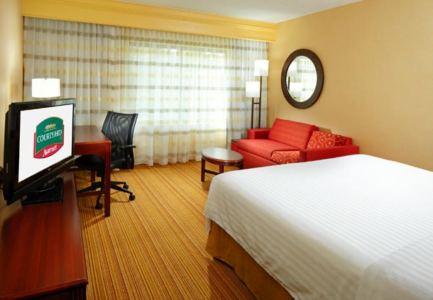 Courtyard by Marriott Cleveland Willoughby image 2