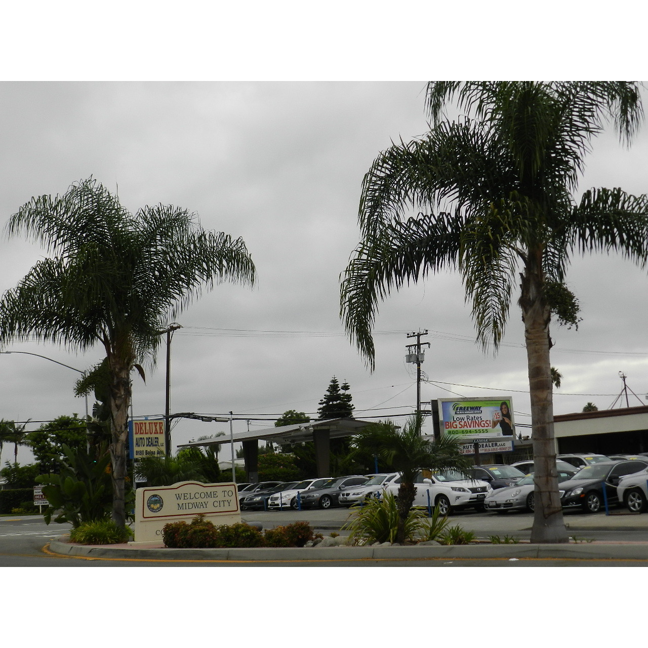Deluxe Auto Dealer 8122 Bolsa Ave Midway City, CA Auto