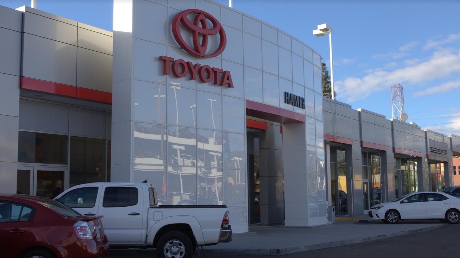 Hamer Toyota in Mission Hills, CA, photo #2