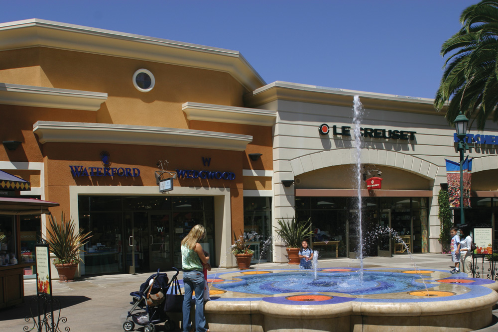 Carlsbad Premium Outlets image 17