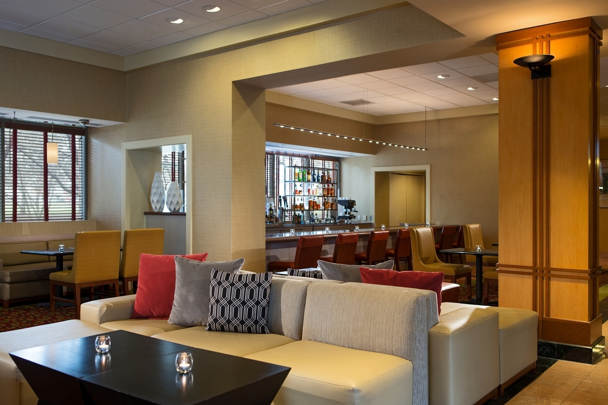 Chicago Marriott Suites Downers Grove image 7