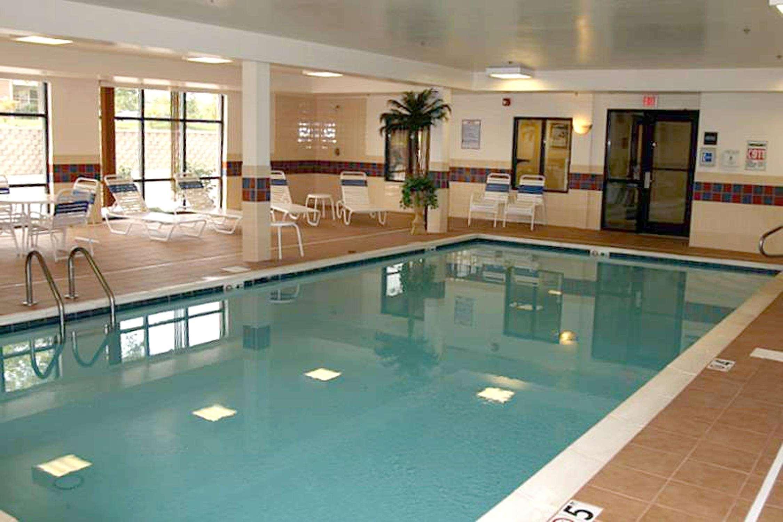 Hampton Inn & Suites Dayton-Airport image 11