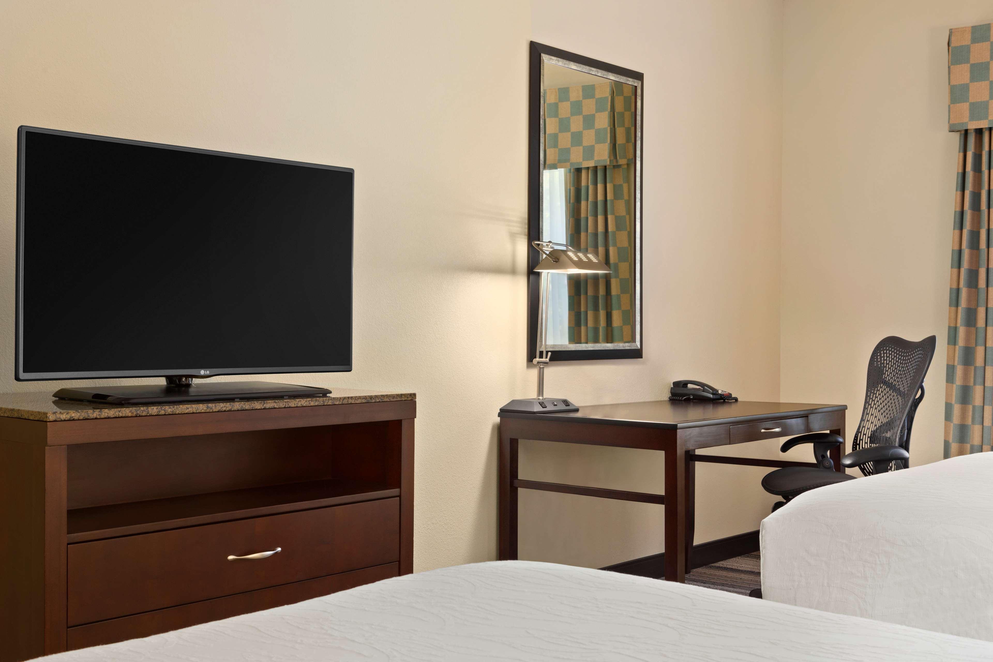 Hilton Garden Inn Winston-Salem/Hanes Mall image 21