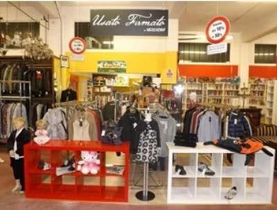 Mercatino di verbania centri commerciali e grandi for Grandi magazzini mobili