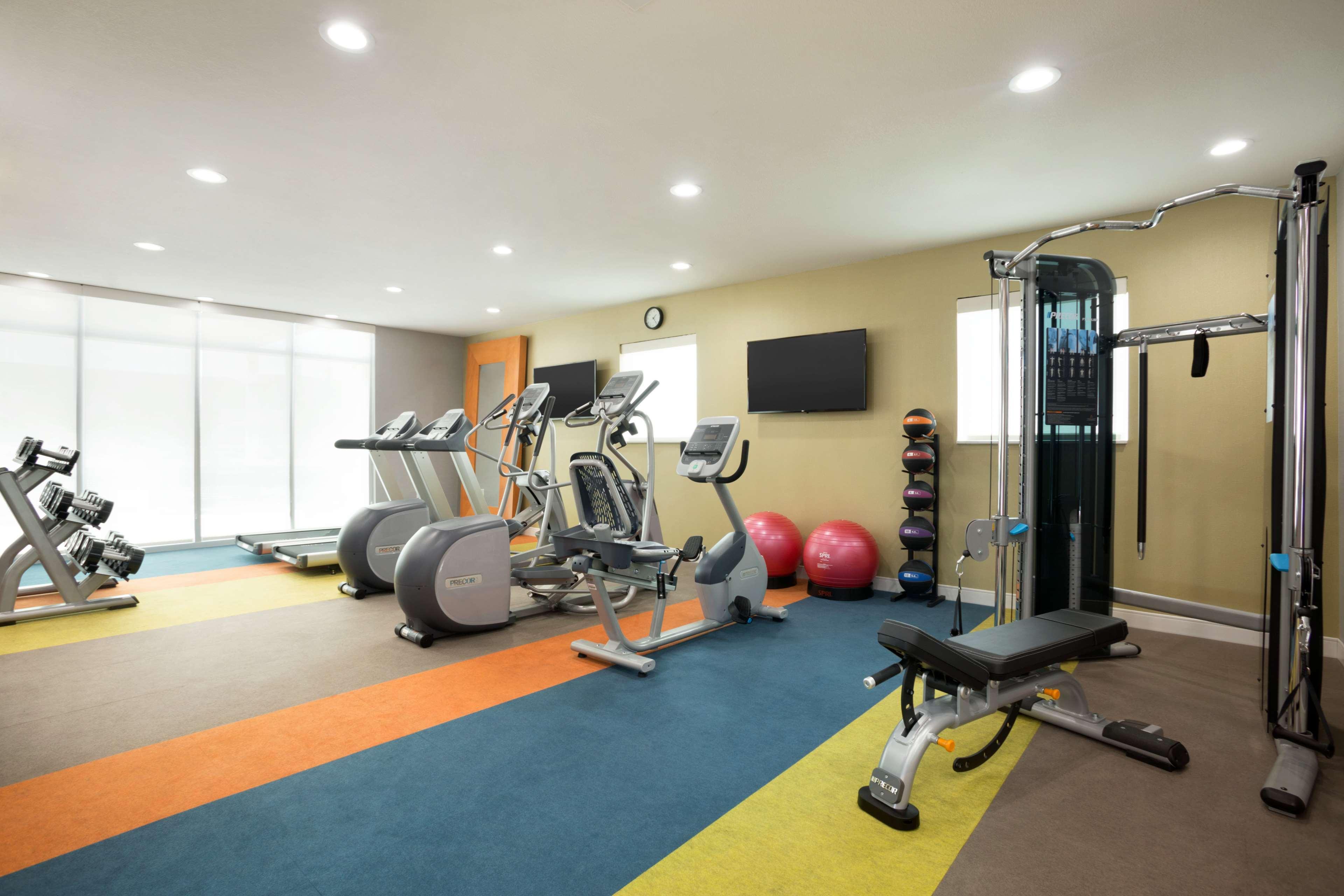 Home2 Suites by Hilton Houston/Webster image 10