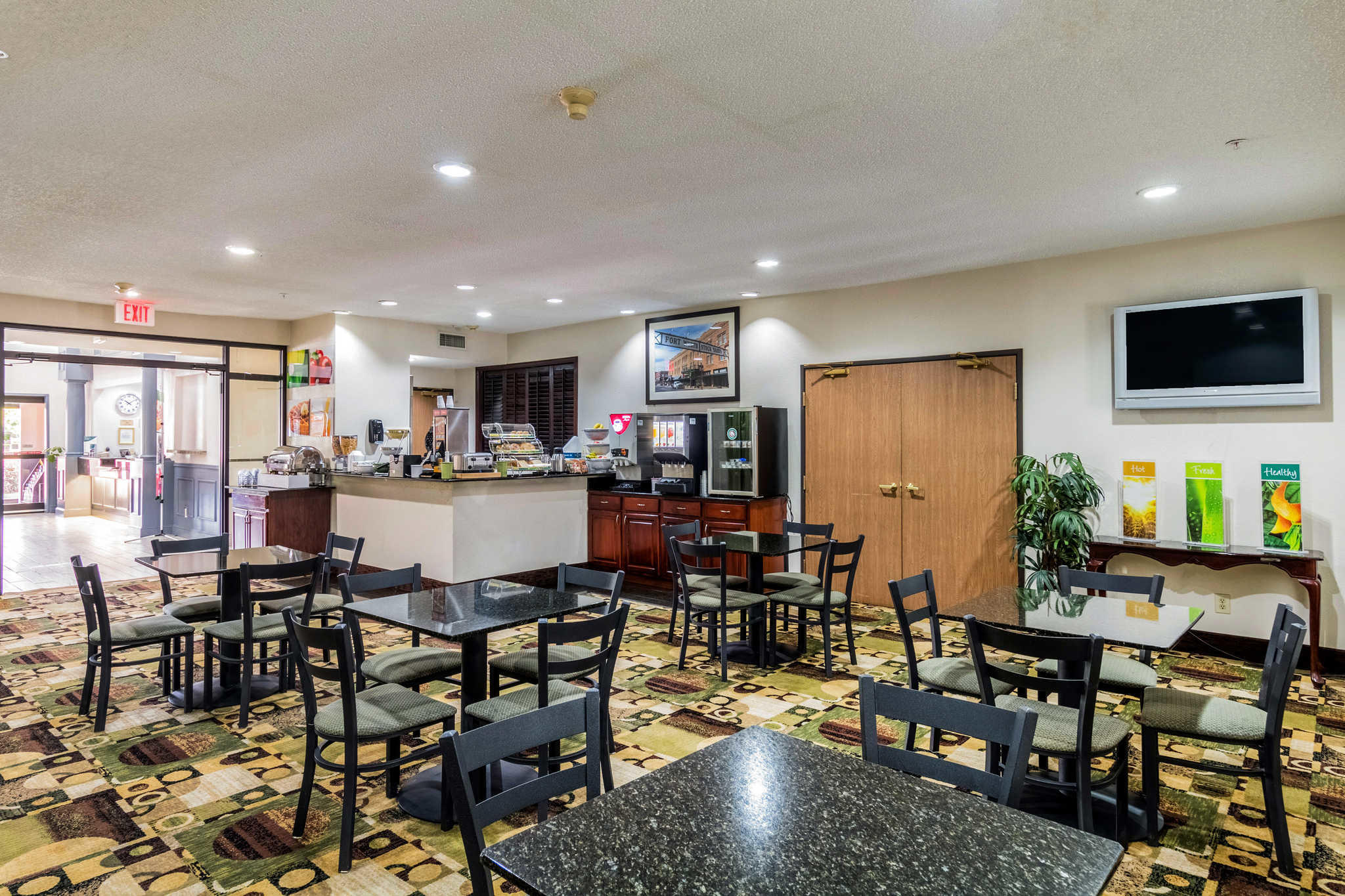 Quality Suites Burleson - Ft. Worth image 23