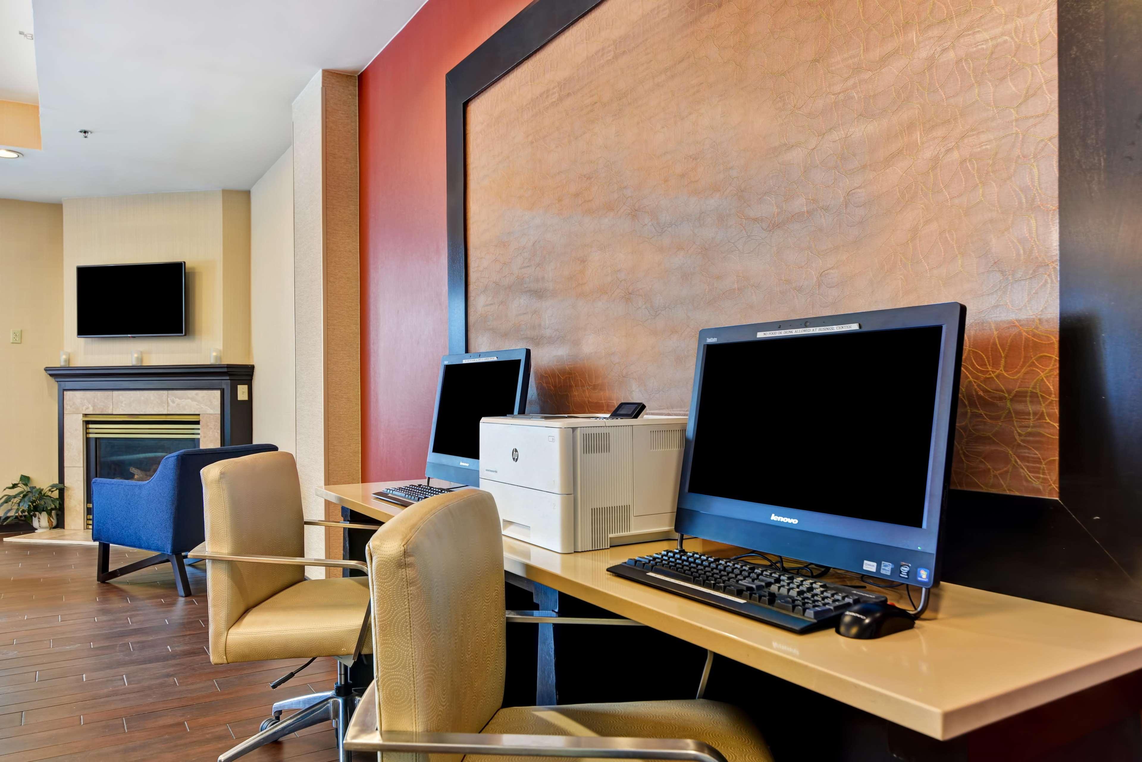 Hampton Inn Scranton At Montage Mountain image 61