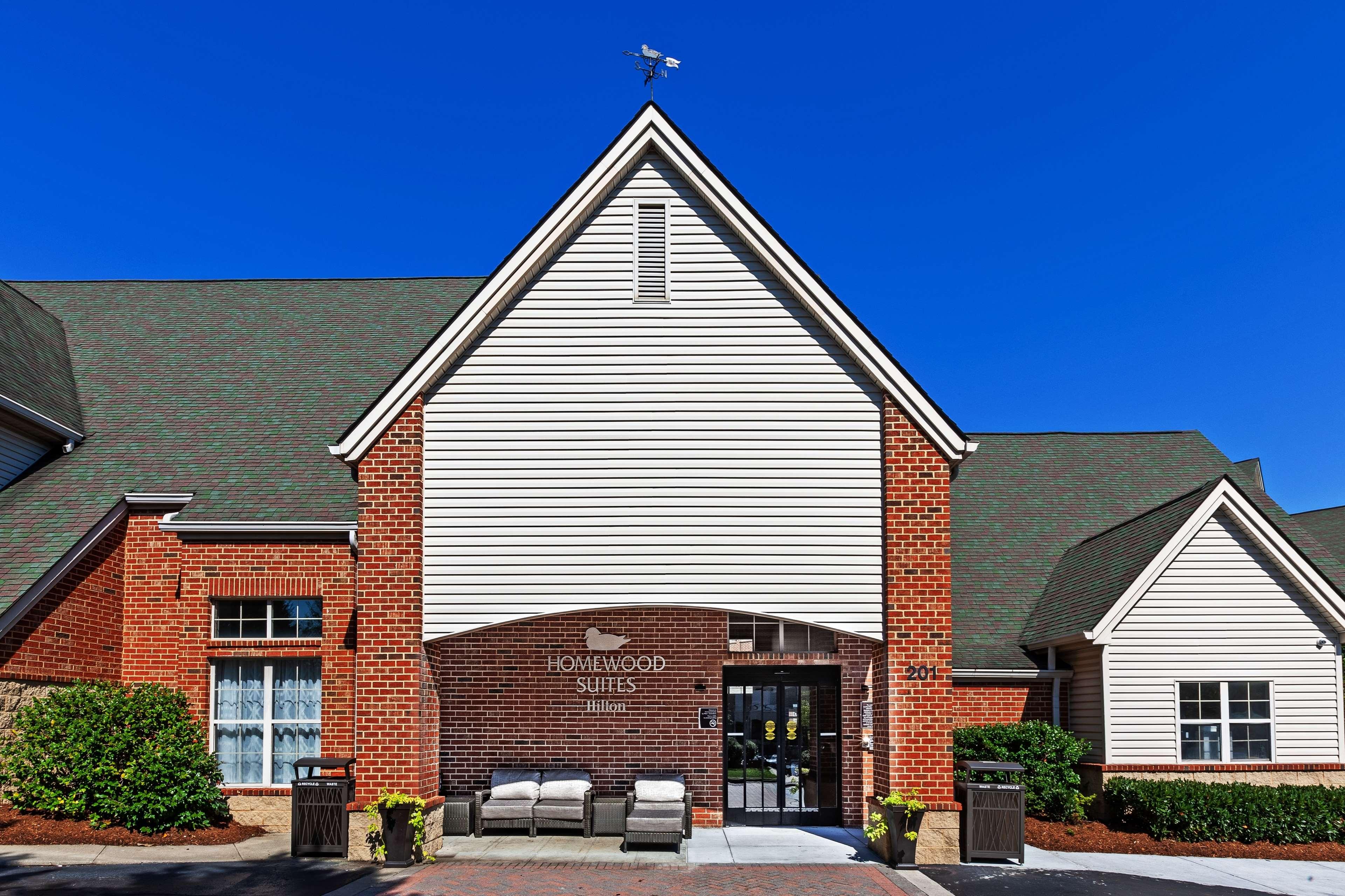 Homewood Suites Hilton Greensboro Centreport Hotels Amp Motels Mapquest