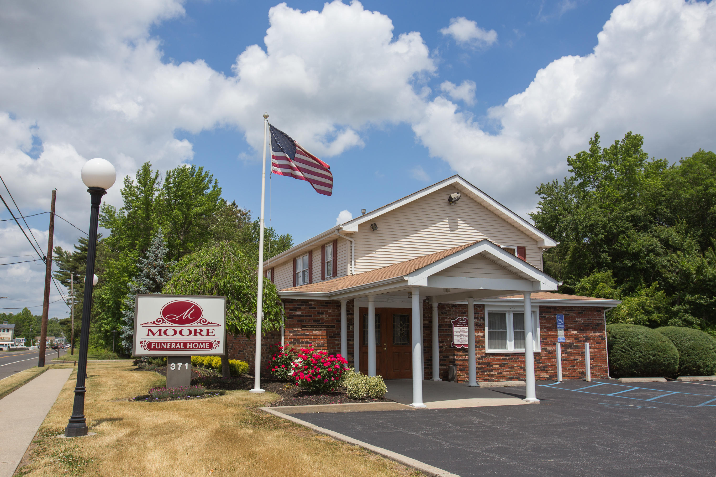 Mathis Funeral Home image 6