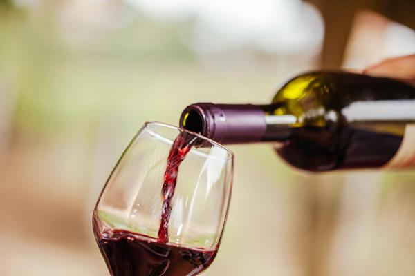 Buffalo Wine & Spirits - Hwy 55 image 6