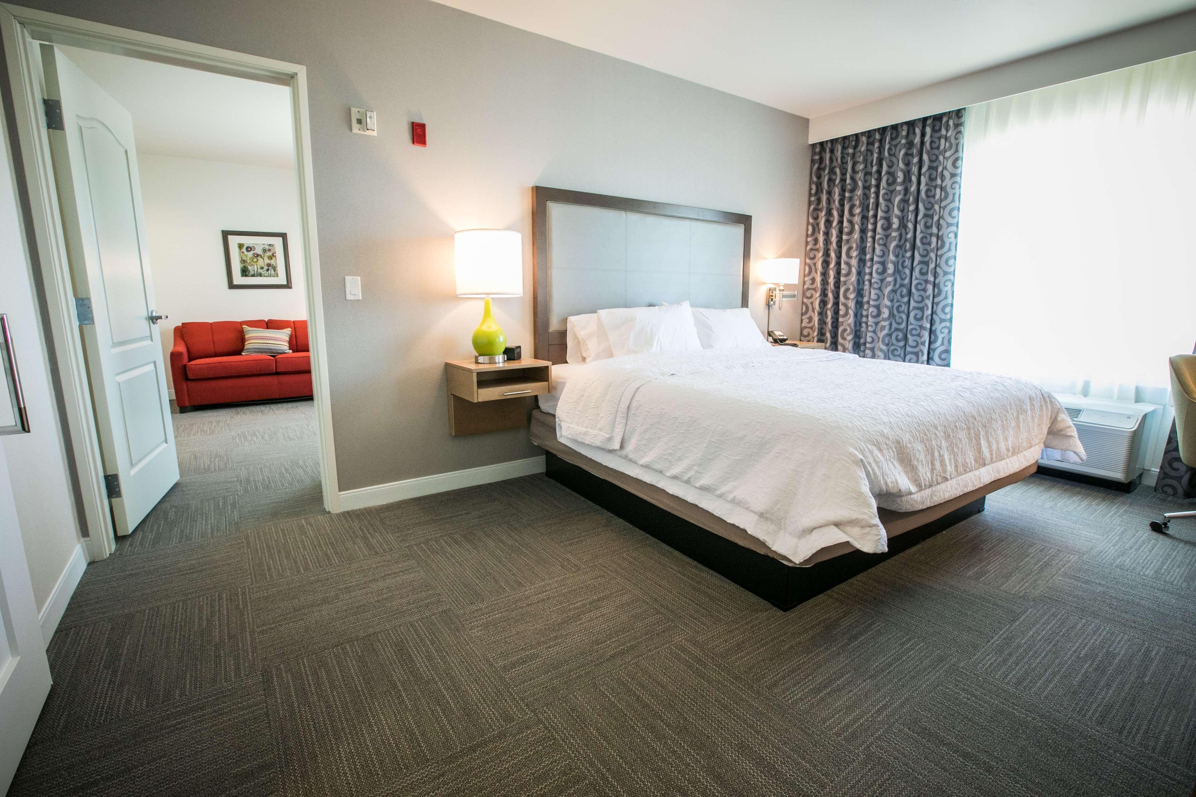 Hampton Inn & Suites Tempe - Phoenix Airport image 18