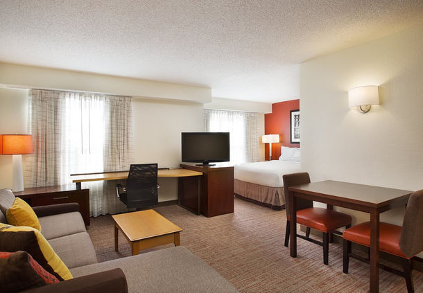 Residence Inn by Marriott Detroit Novi image 4