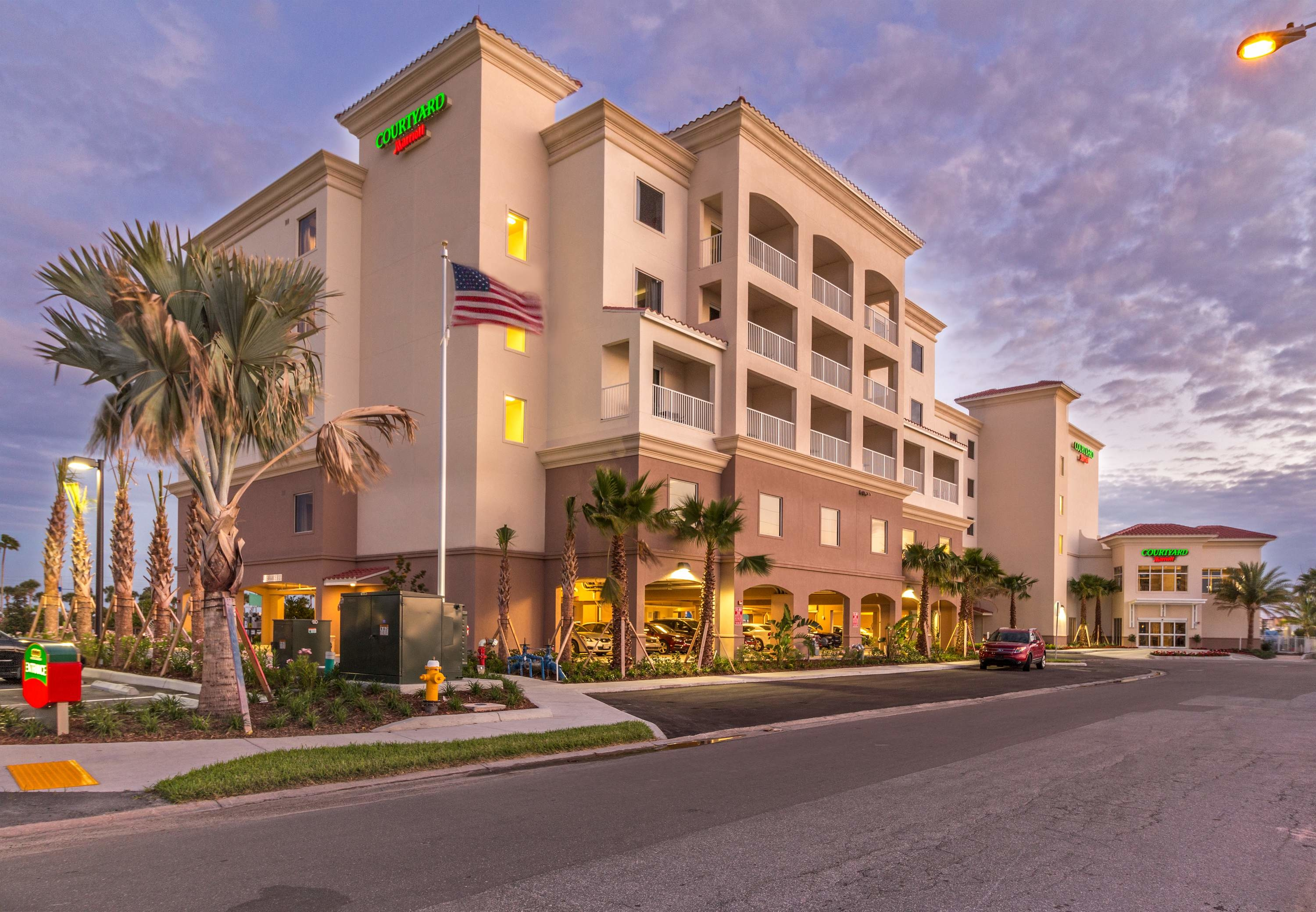Courtyard by Marriott St. Petersburg Clearwater/Madeira Beach image 8