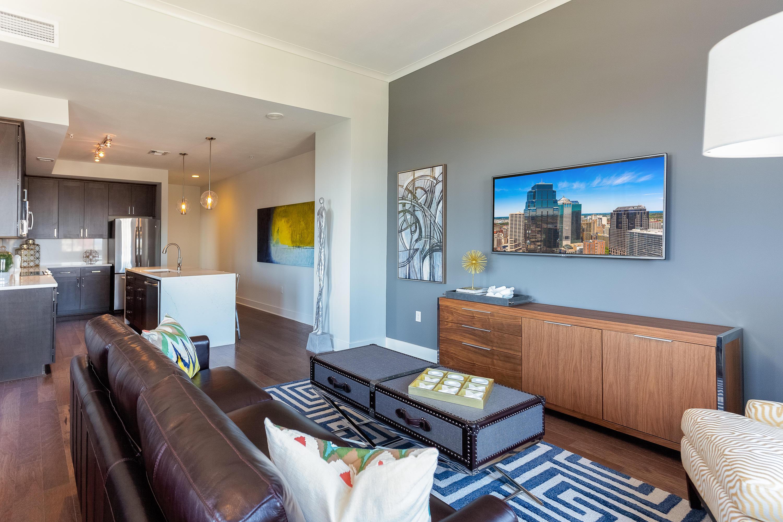 Power & Light KC Apartments image 23