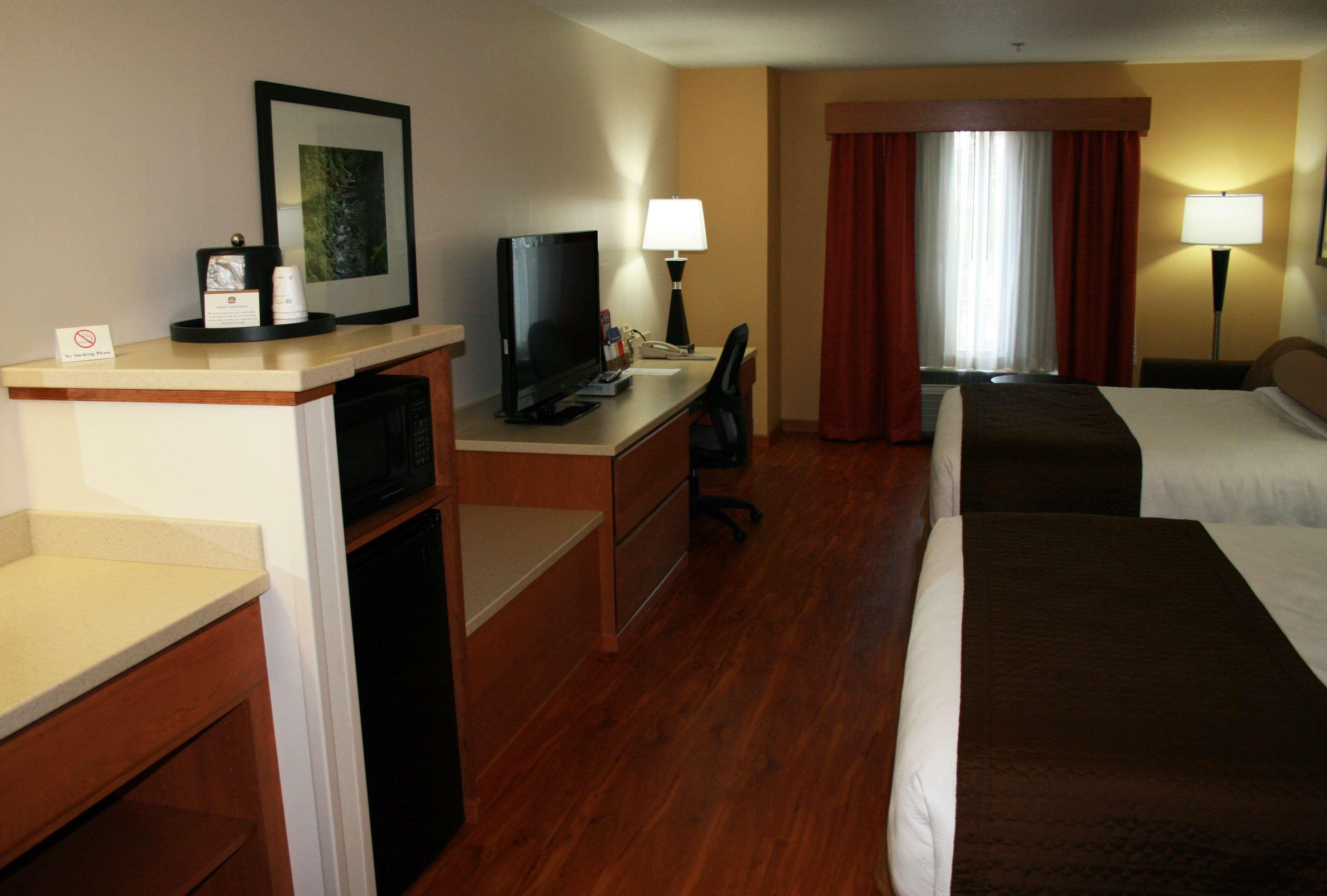 Best Western Plus Park Place Inn & Suites image 21