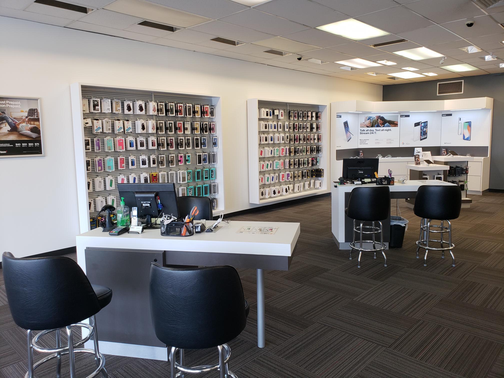 Verizon Authorized Retailer – TCC image 7