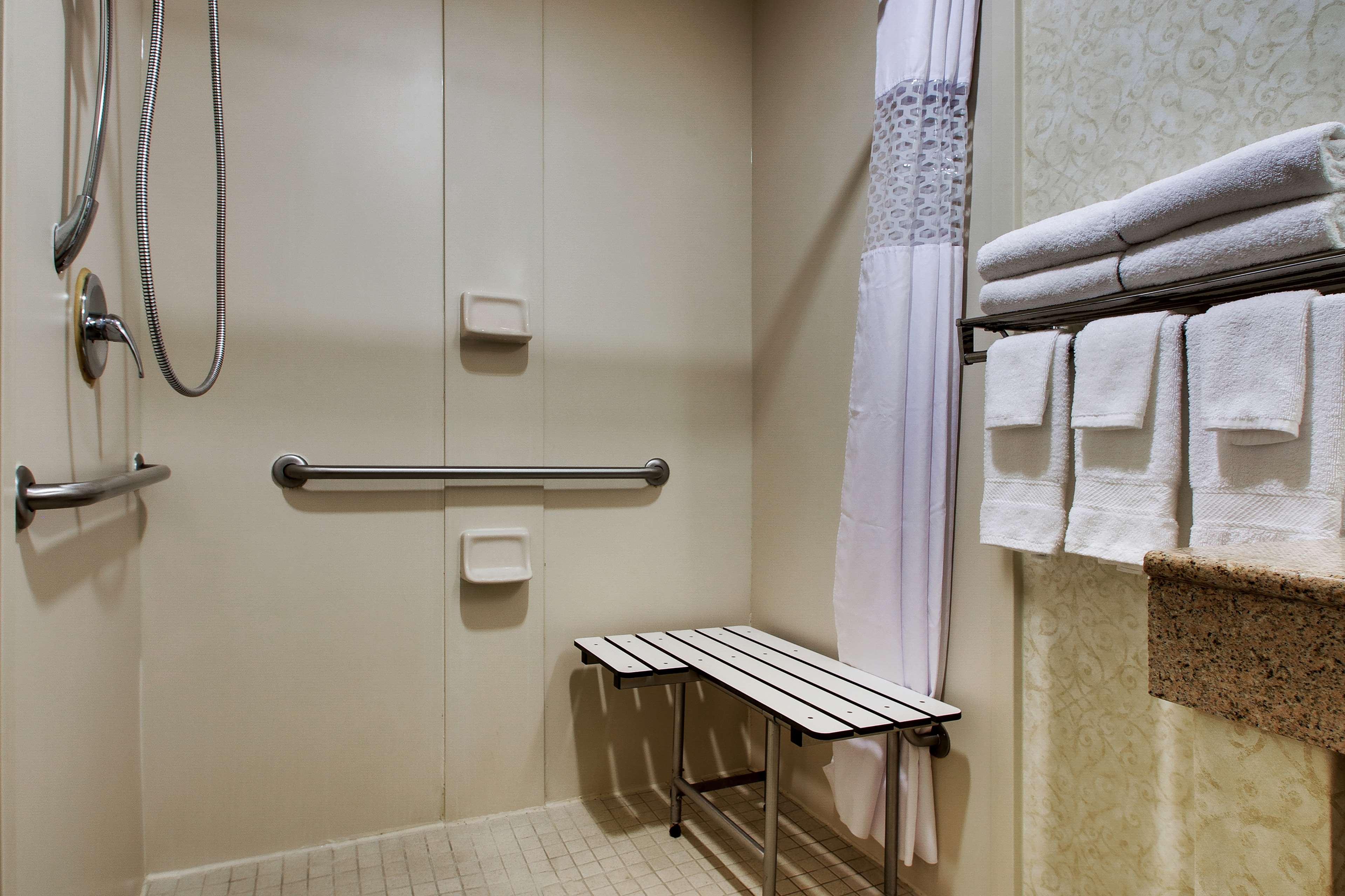 Hampton Inn & Suites Spartanburg-I-26-Westgate Mall image 30