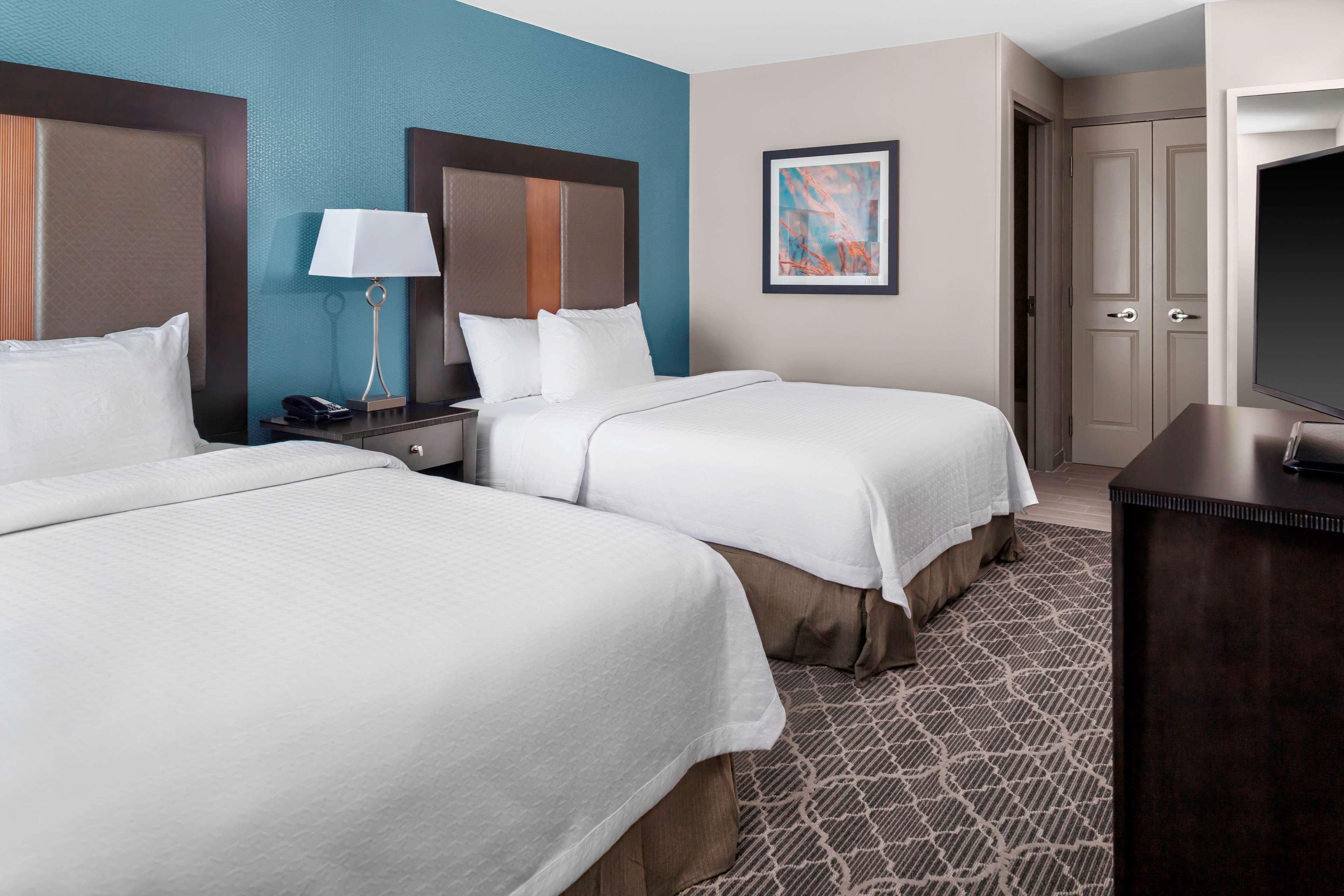 Homewood Suites by Hilton Wauwatosa Milwaukee image 9