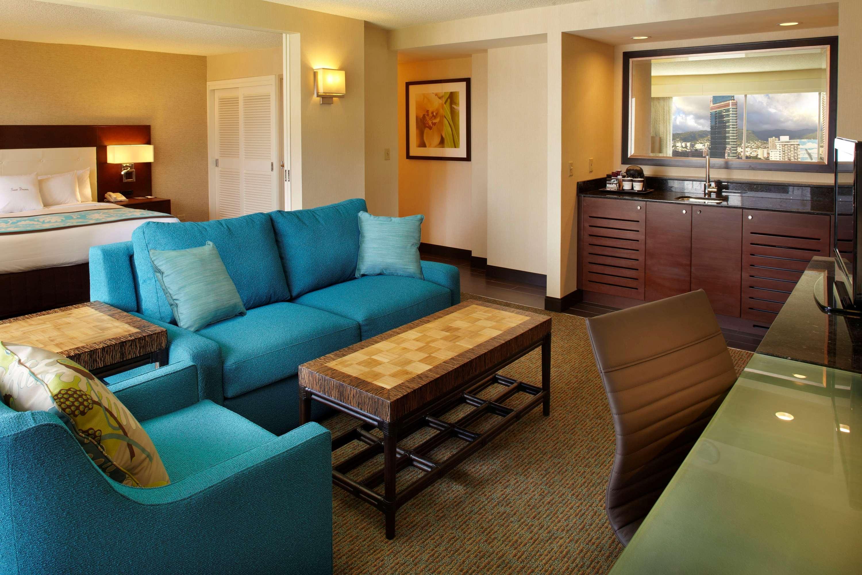 DoubleTree by Hilton Hotel Alana - Waikiki Beach image 19