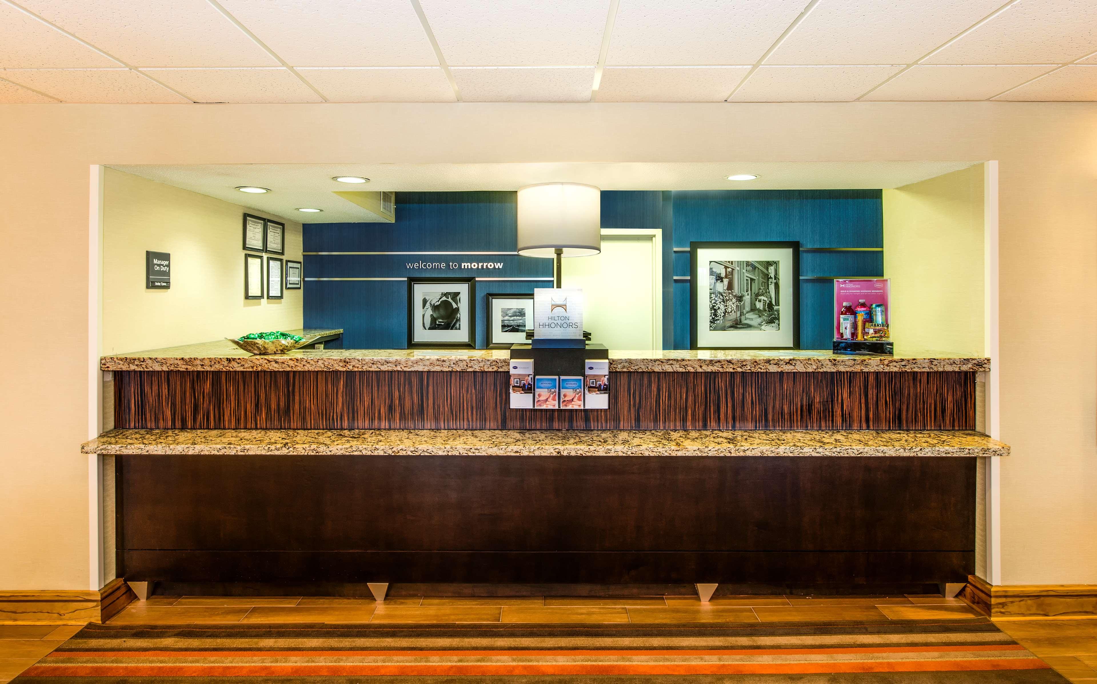 Hampton Inn Atlanta-Southlake image 3