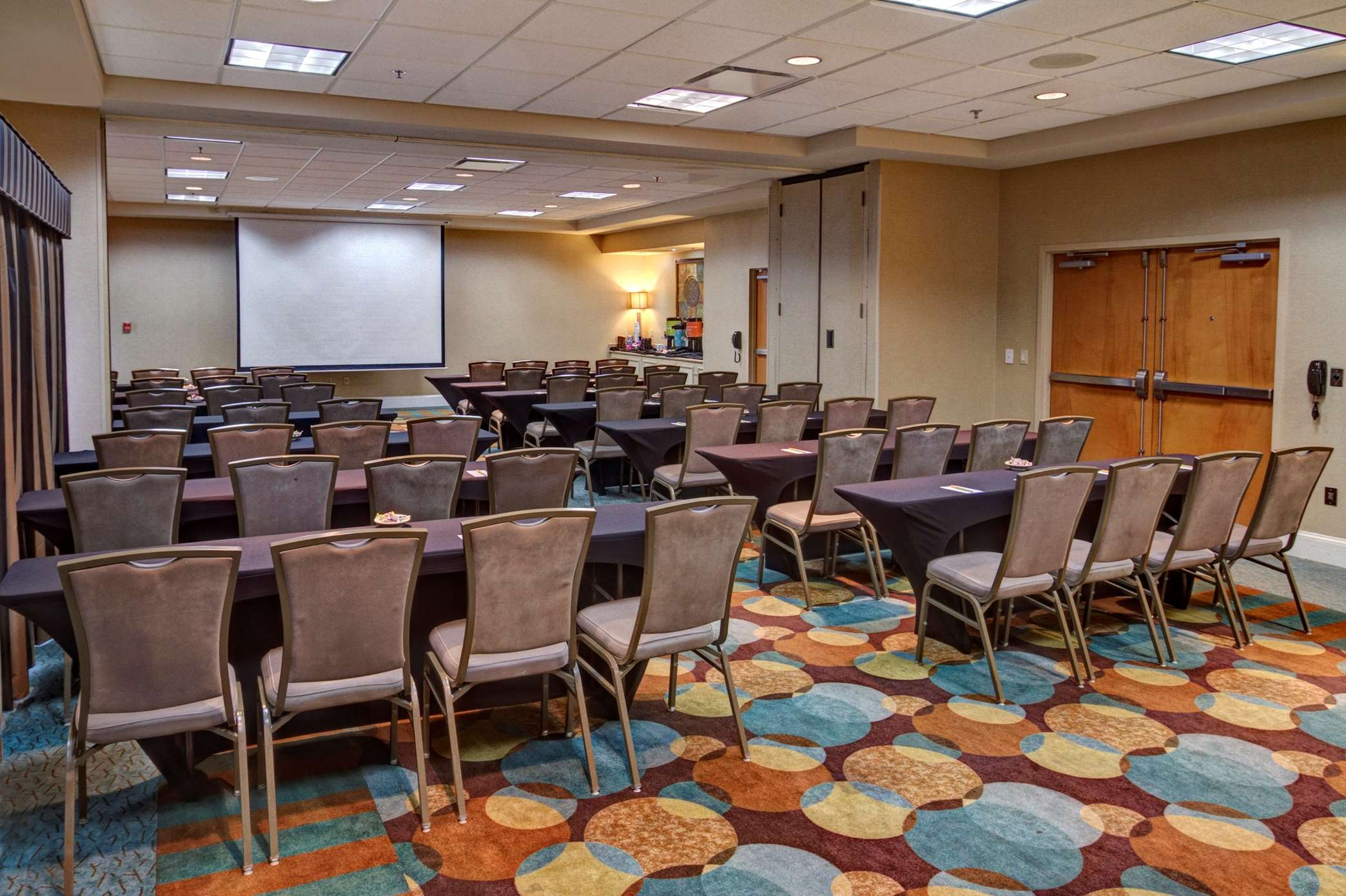 Hilton Garden Inn Nashville Airport image 16