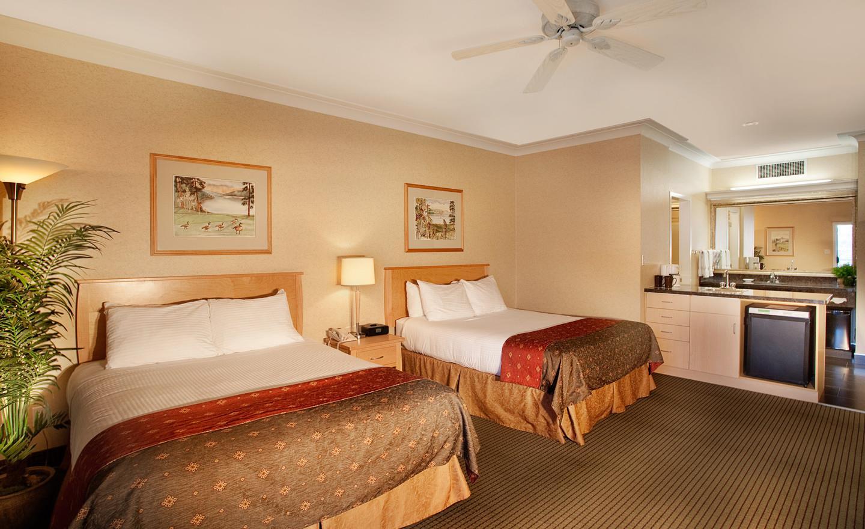 Best Western Plus Kelowna Hotel & Suites in Kelowna: Second Floor Deluxe