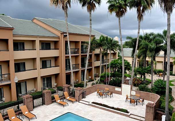 Courtyard by Marriott West Palm Beach image 18