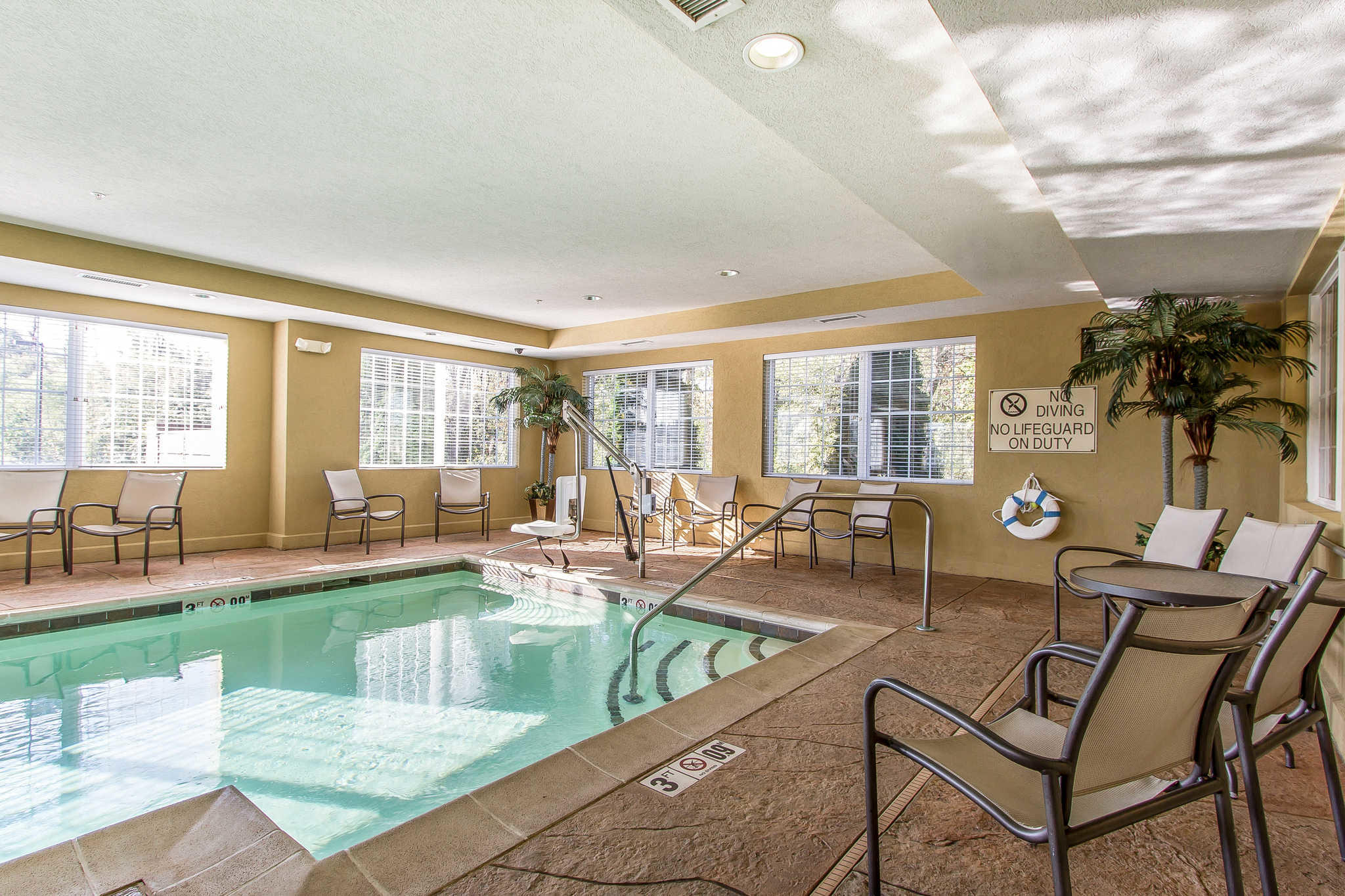 MainStay Suites Fort Campbell image 39