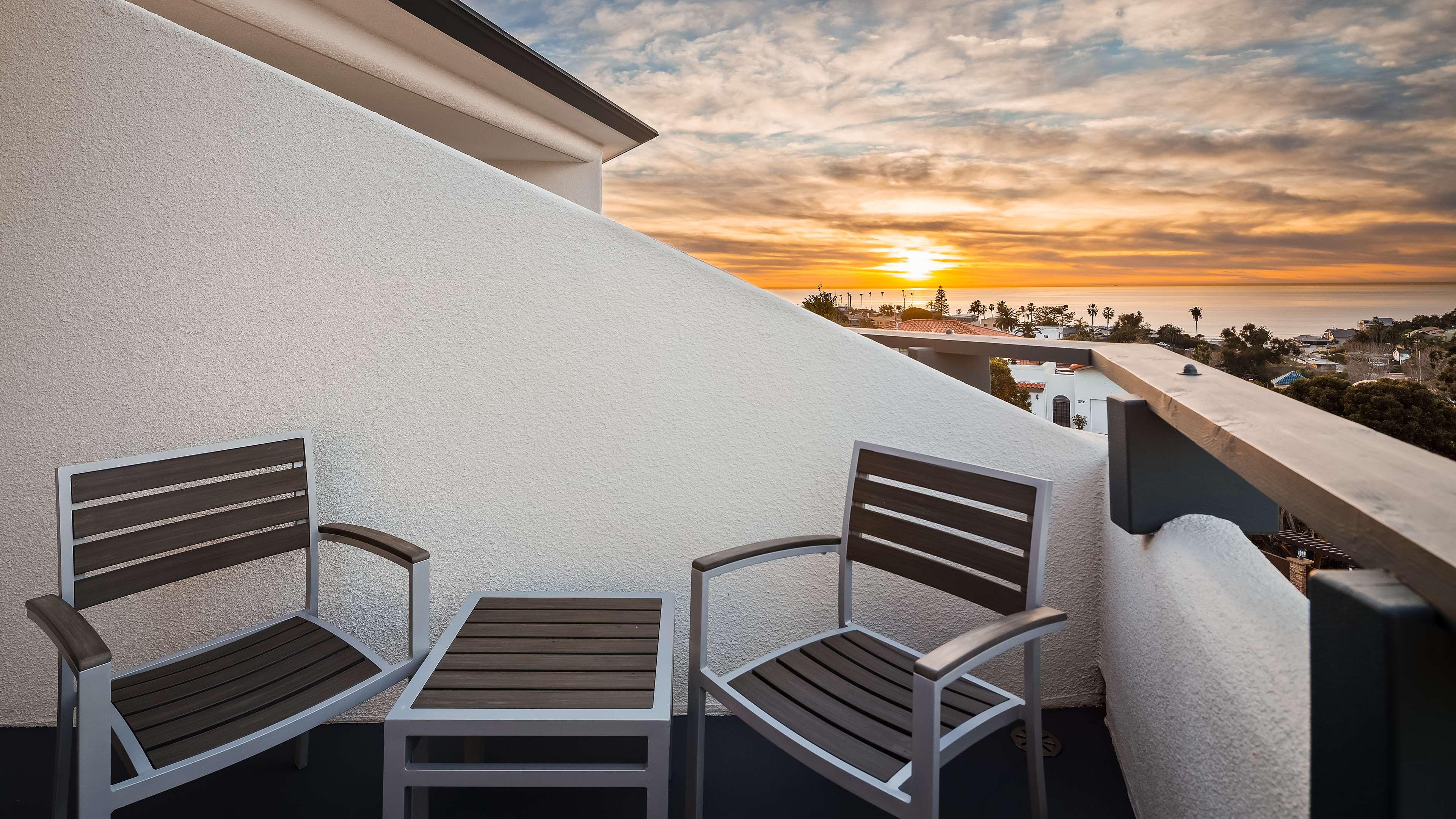 Best Western Encinitas Inn & Suites at Moonlight Beach image 10