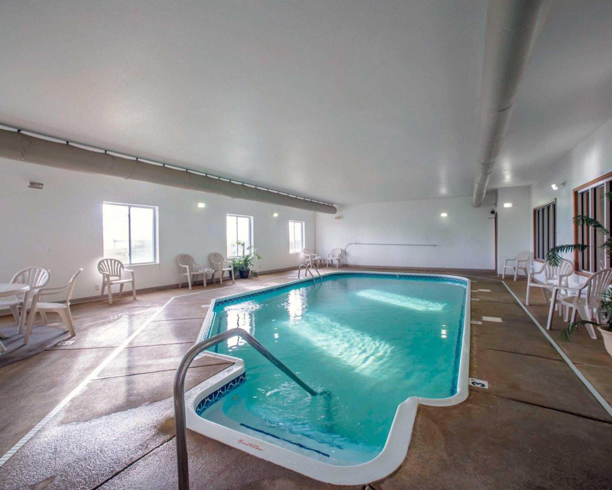 Comfort Inn & Suites Greenville I-70 image 23