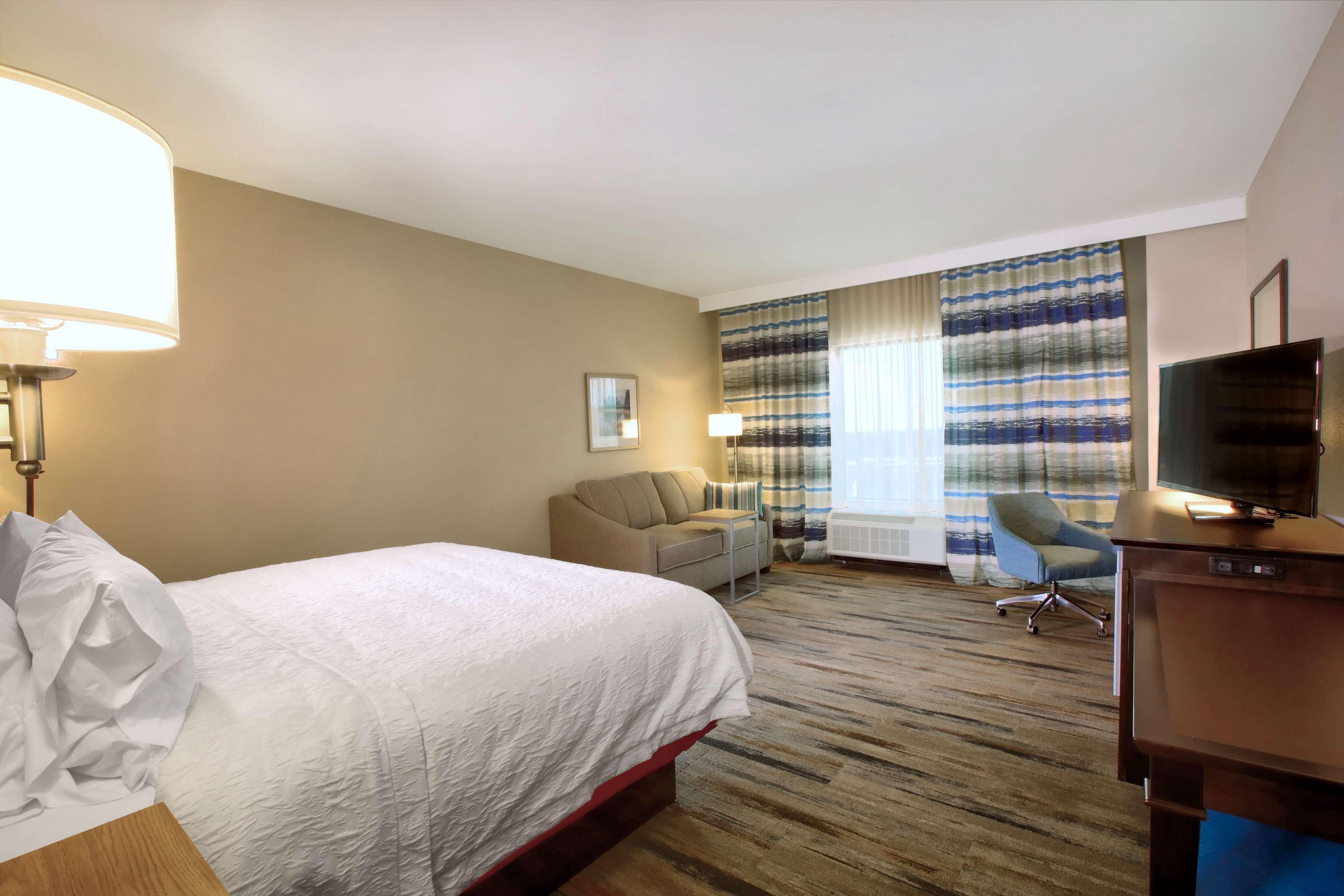 Hampton Inn & Suites Baltimore/Aberdeen image 17