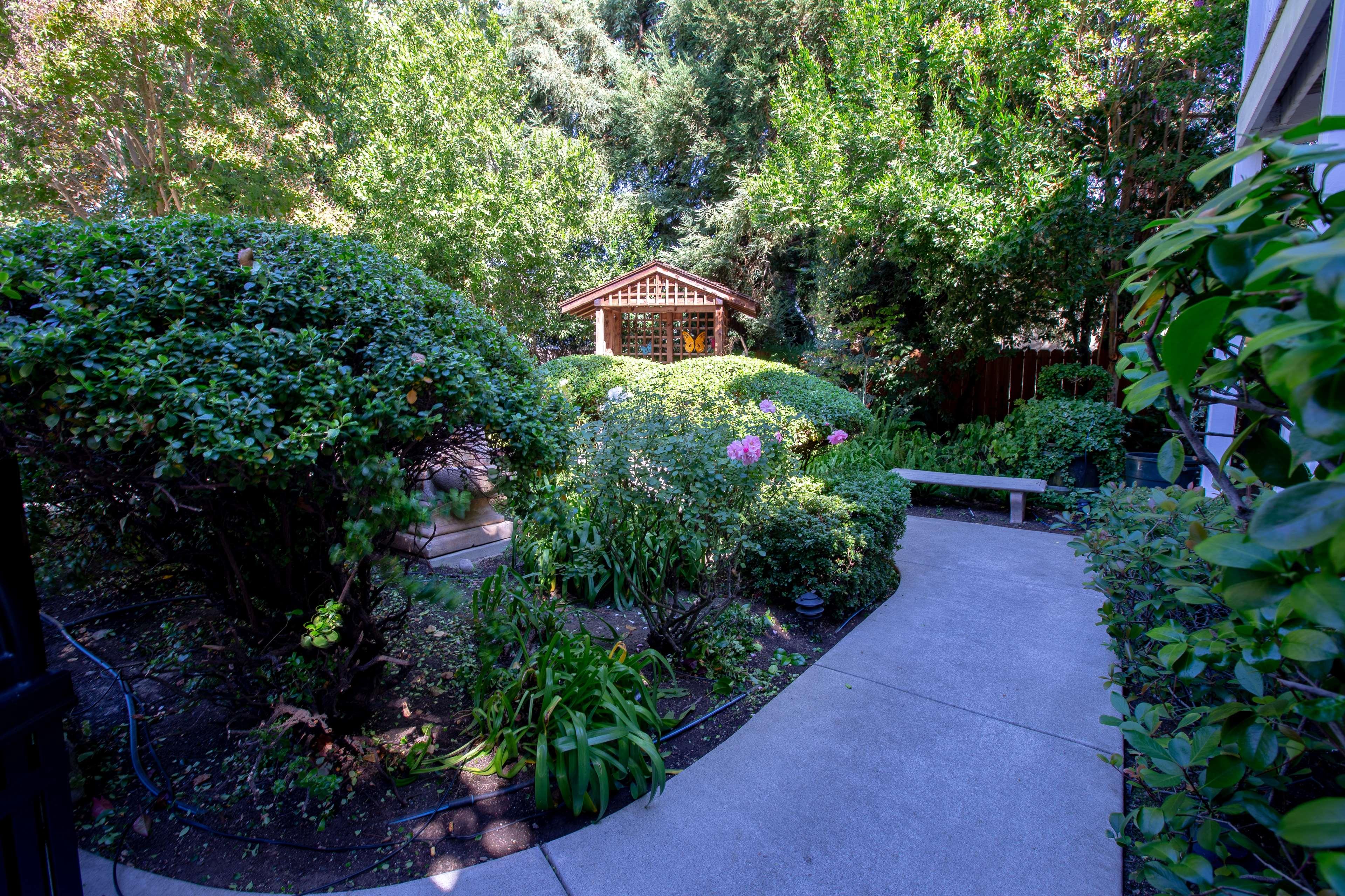 Best Western Plus Elm House Inn image 38