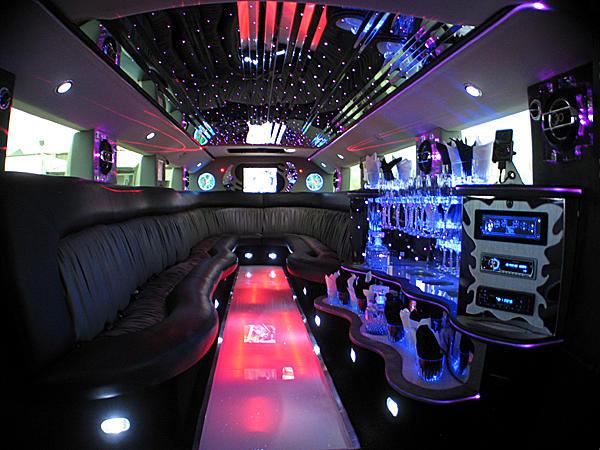 S & S Limousines image 1