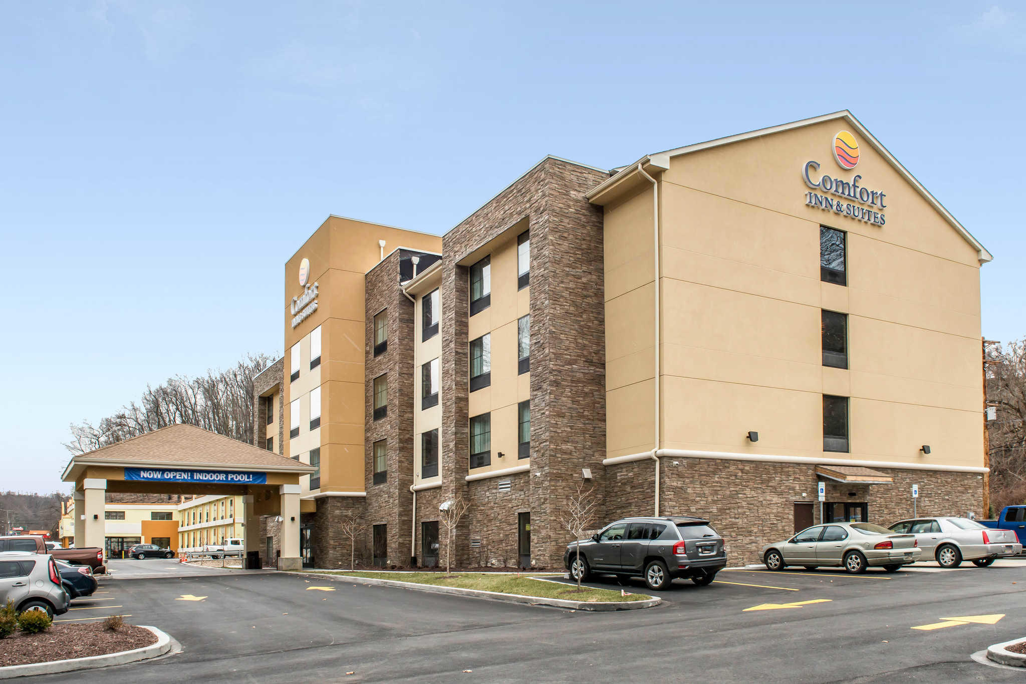 comfort inn suites in pittsburgh pa 412 343 0. Black Bedroom Furniture Sets. Home Design Ideas