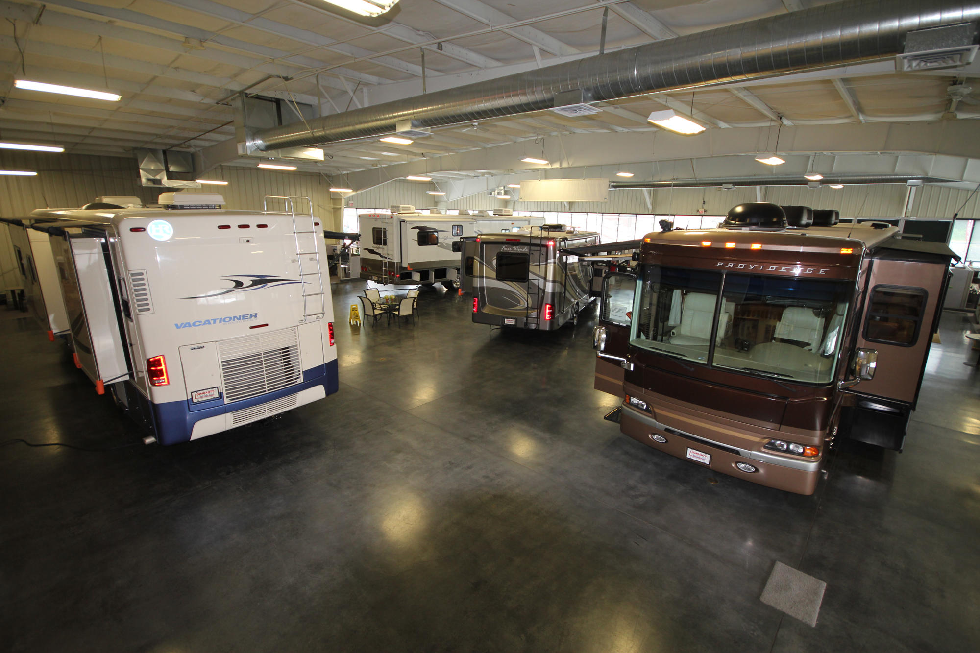 Guaranty RV Body Shop image 4