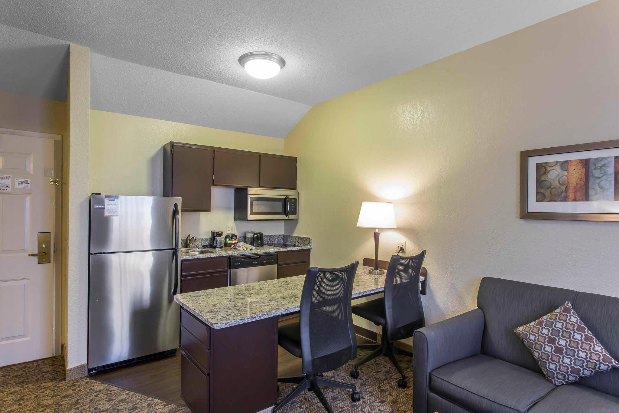 MainStay Suites image 18