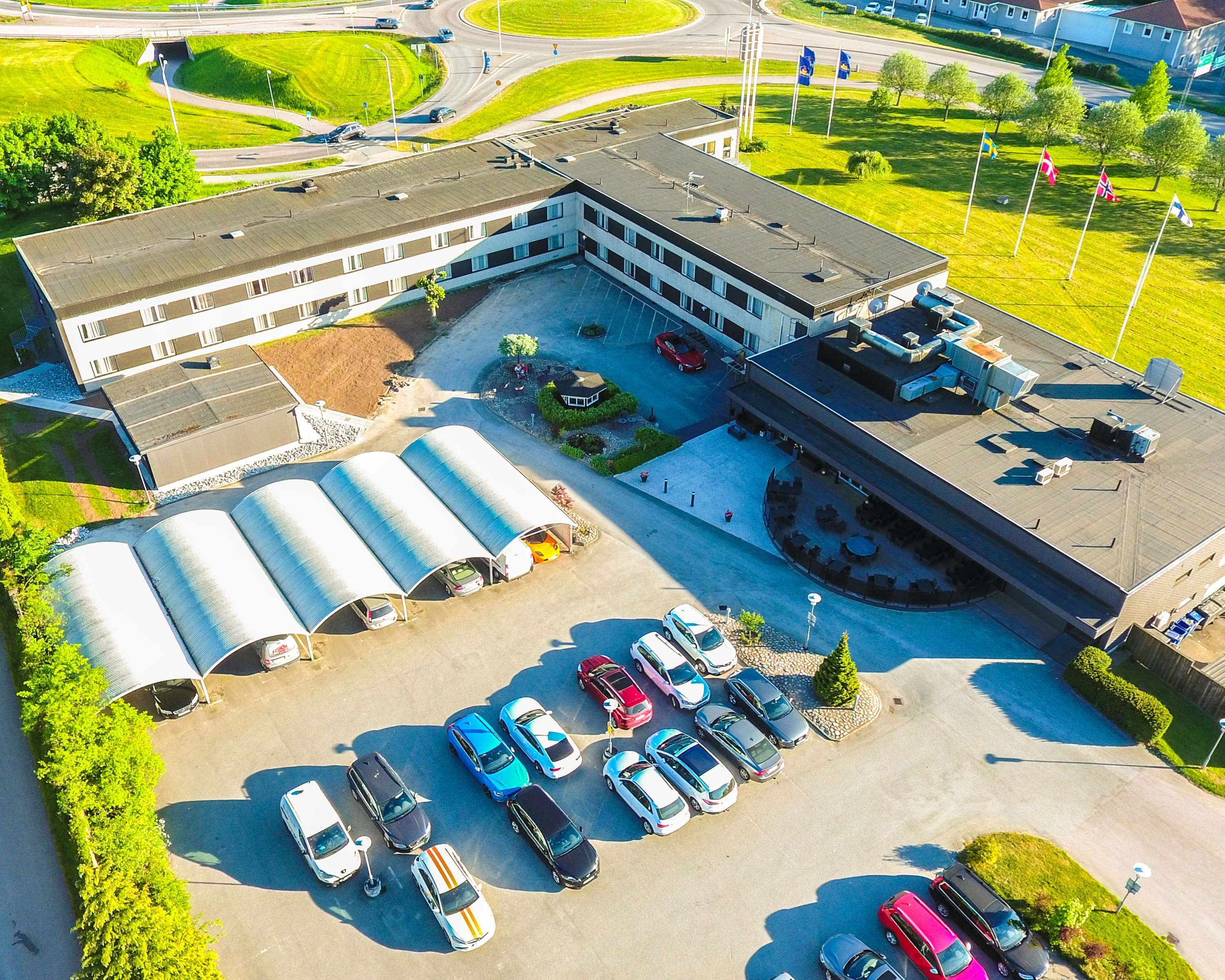 Arial View Parking/Entrance