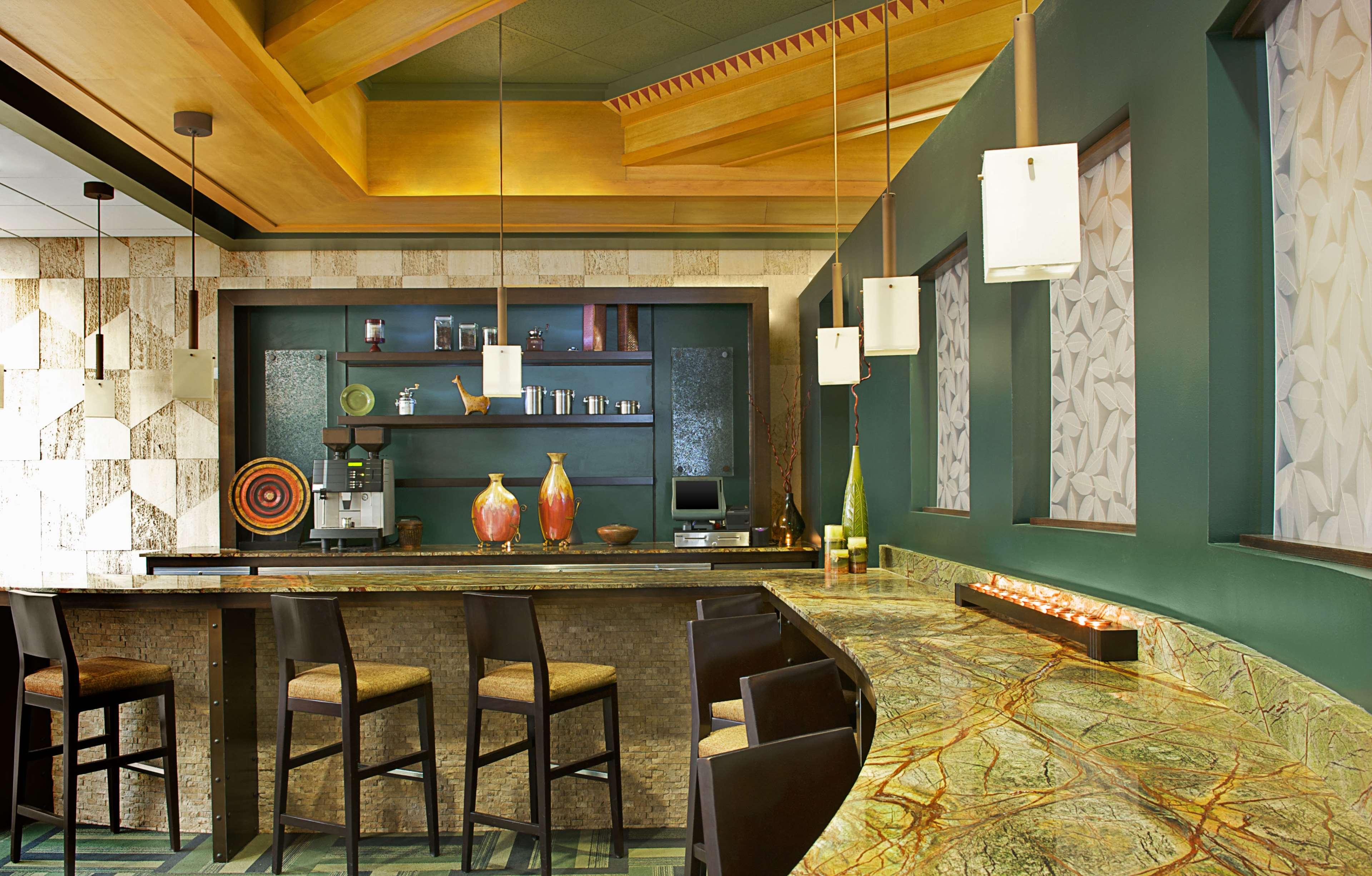 Sheraton Anchorage Hotel & Spa image 12