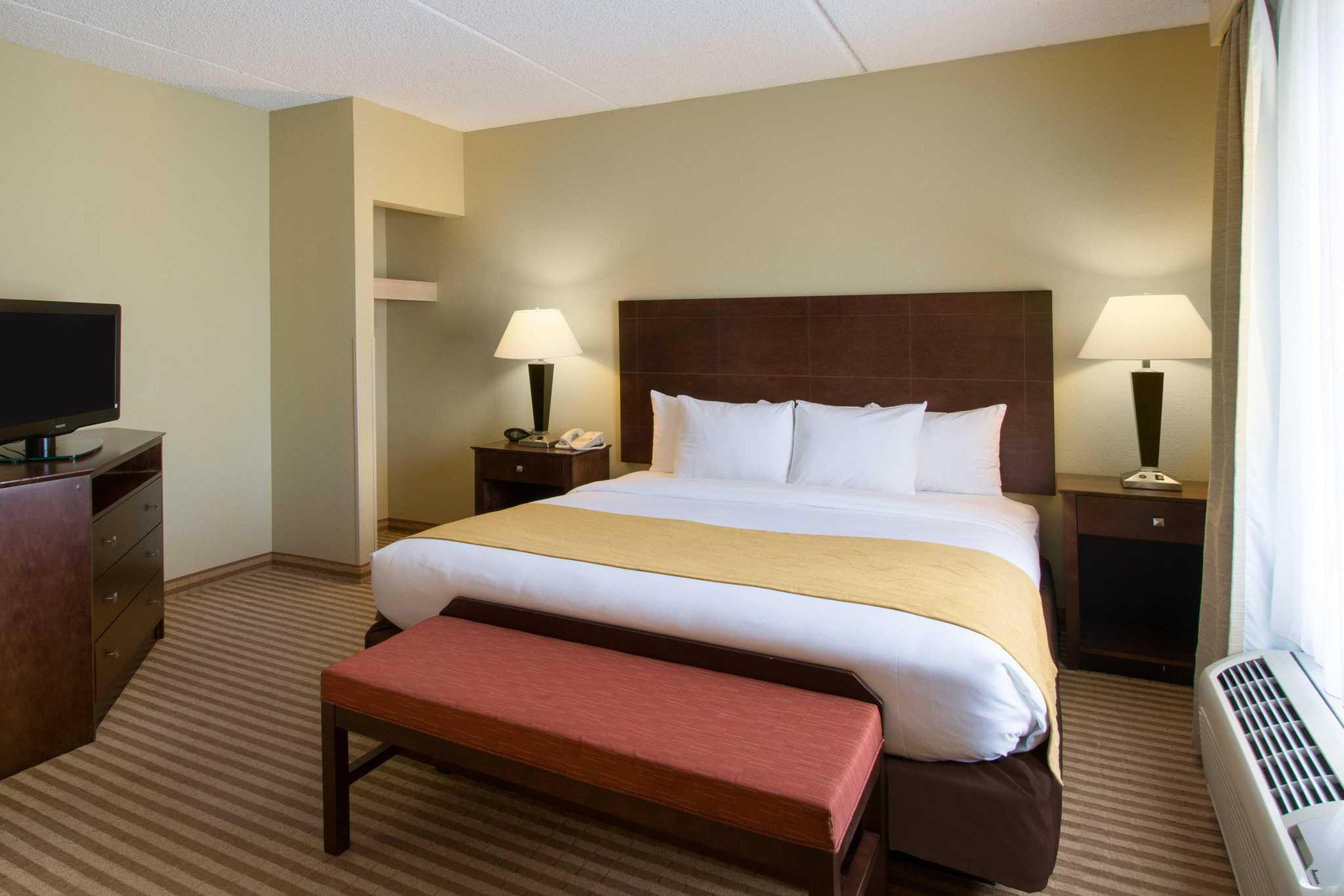 Comfort Suites Near Universal Orlando Resort image 19