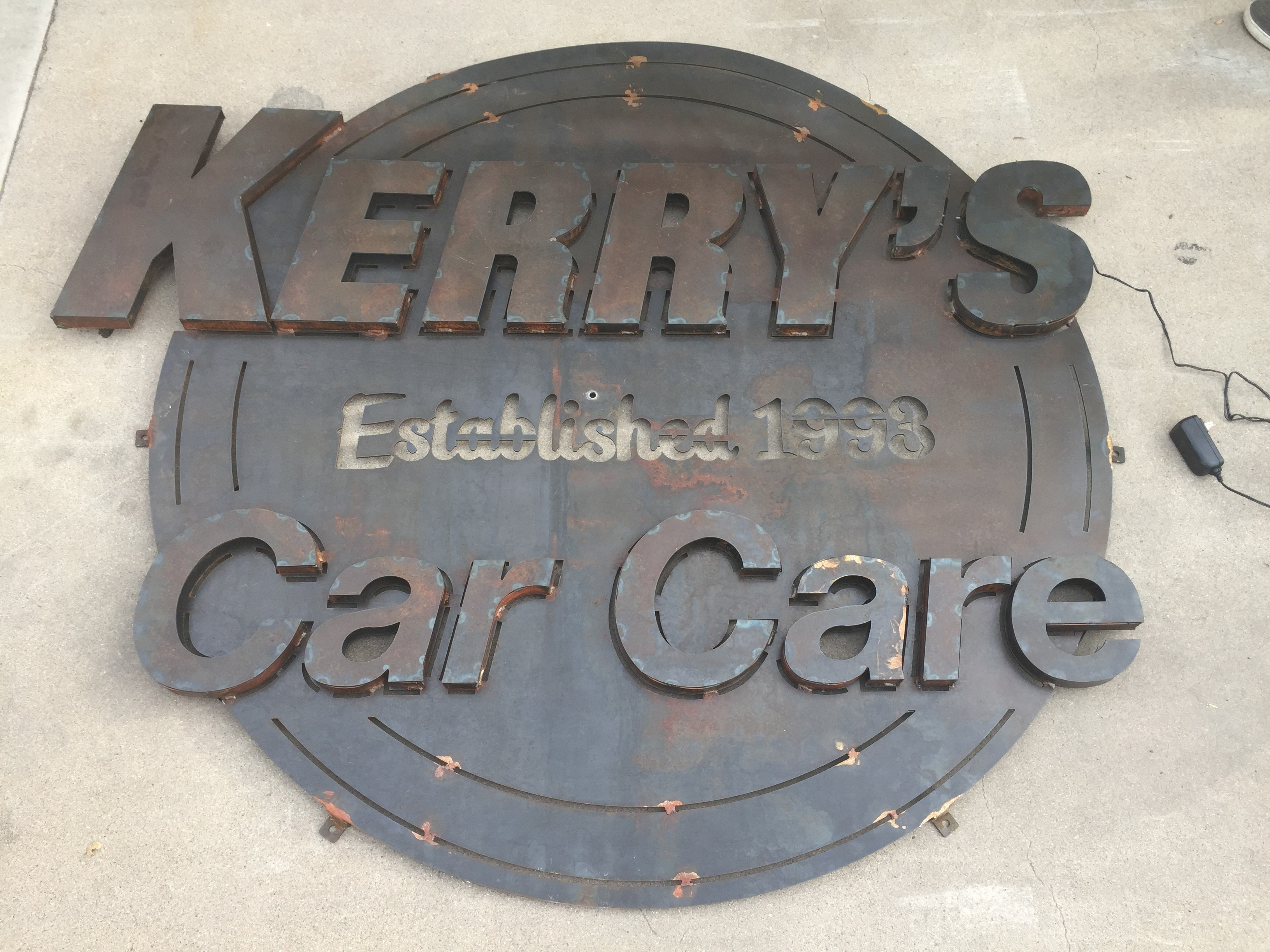 Kerry's Car Care - Mariposa image 0