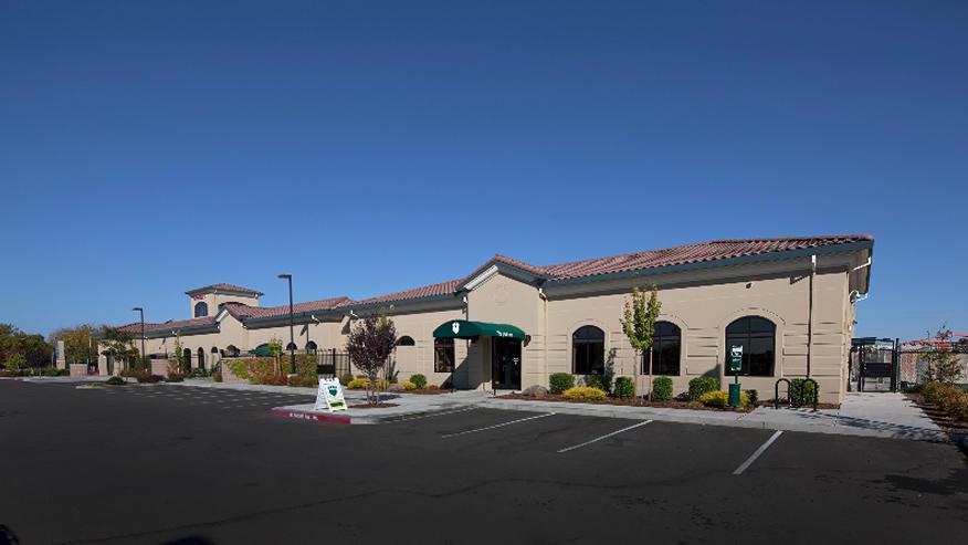 VCA Mueller Pet Medical Center & The Pet Inn image 1