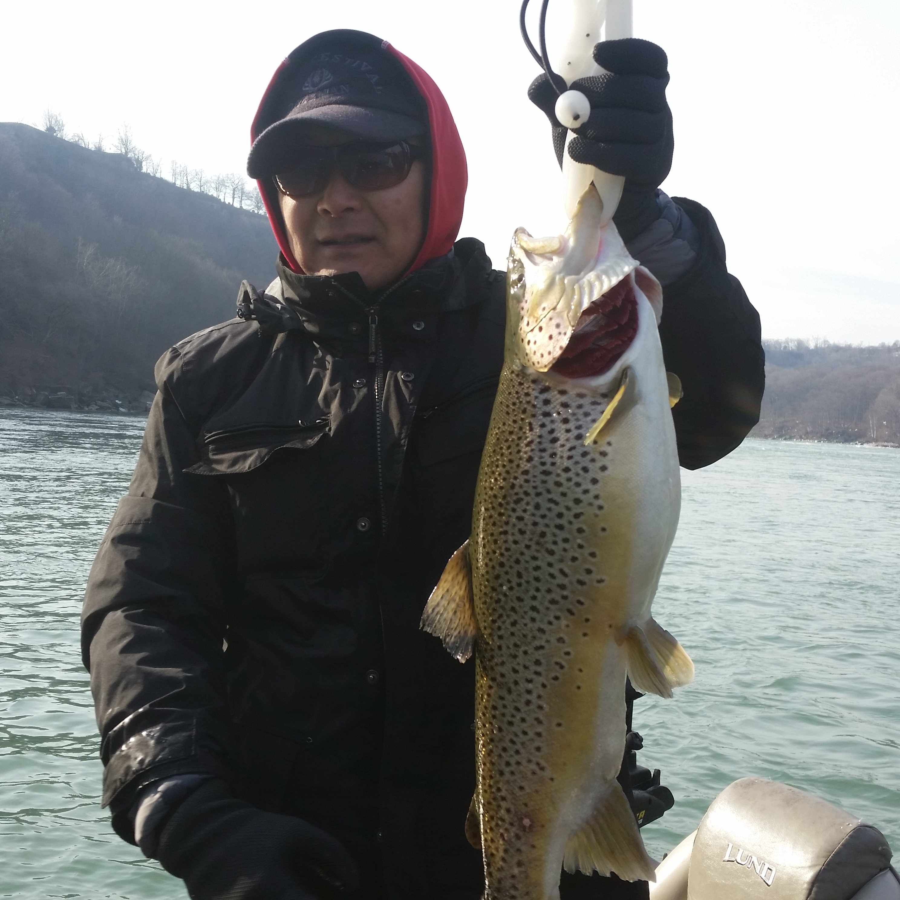 Drab6 fishing charters lewiston ny business directory for Lower niagara river fishing report