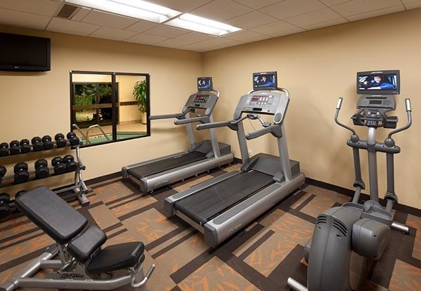 Courtyard by Marriott Miami Lakes image 11