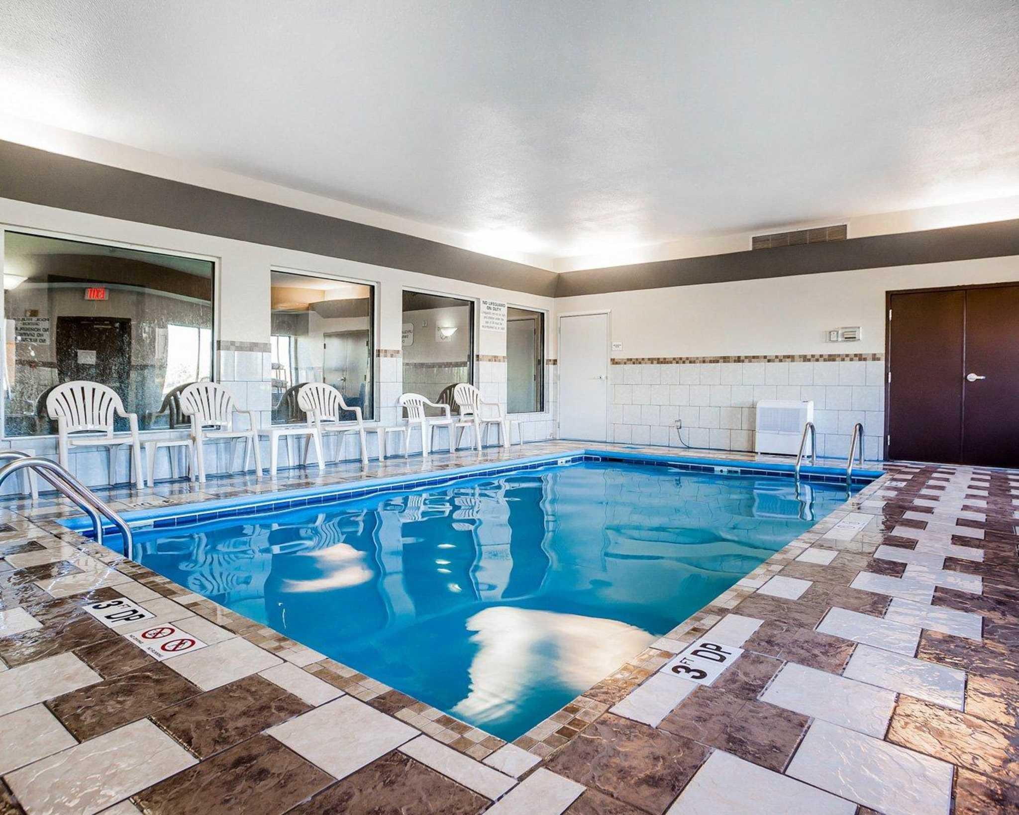 Quality Inn & Suites Altoona - Des Moines image 14