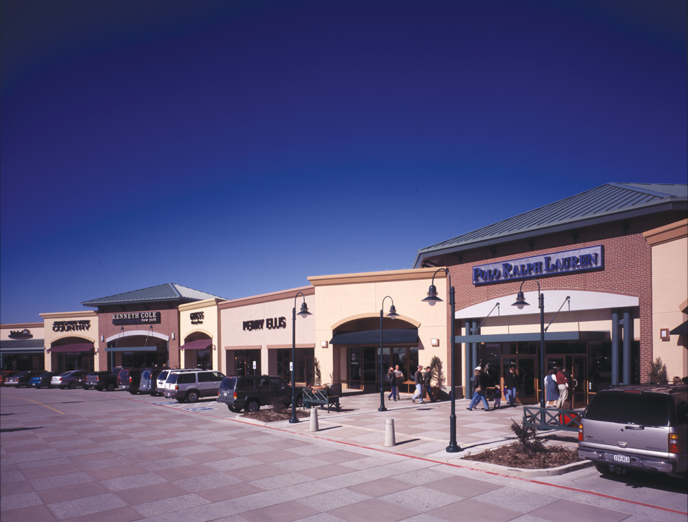 rows · View outlet directory info for Allen Premium Outlets in Allen, TX – including stores, .