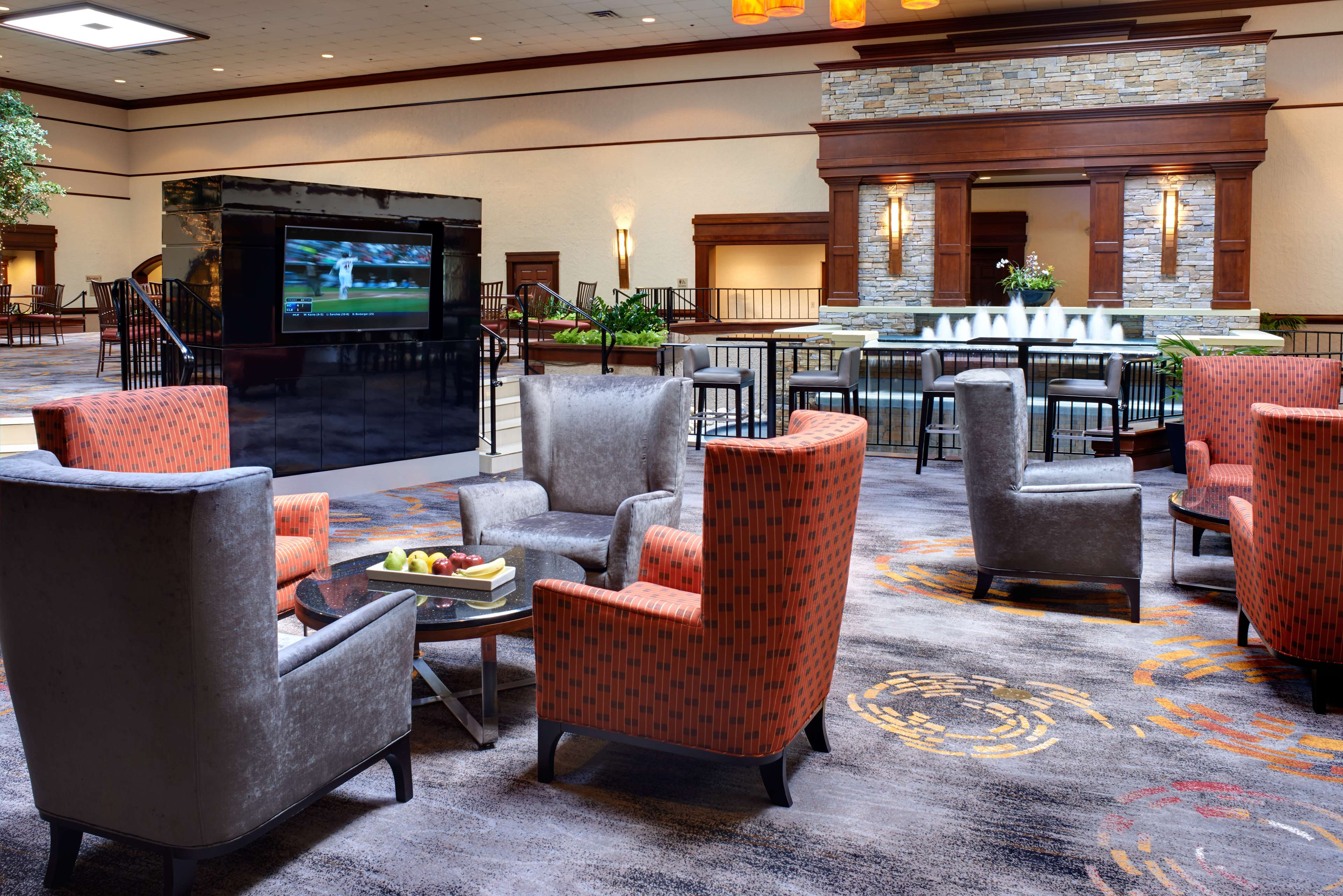 DoubleTree by Hilton Hotel Detroit - Dearborn image 2
