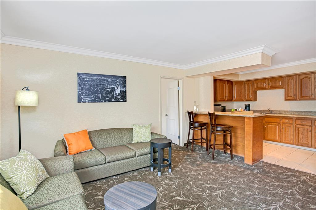 Ramada Los Angeles/Downtown West image 9